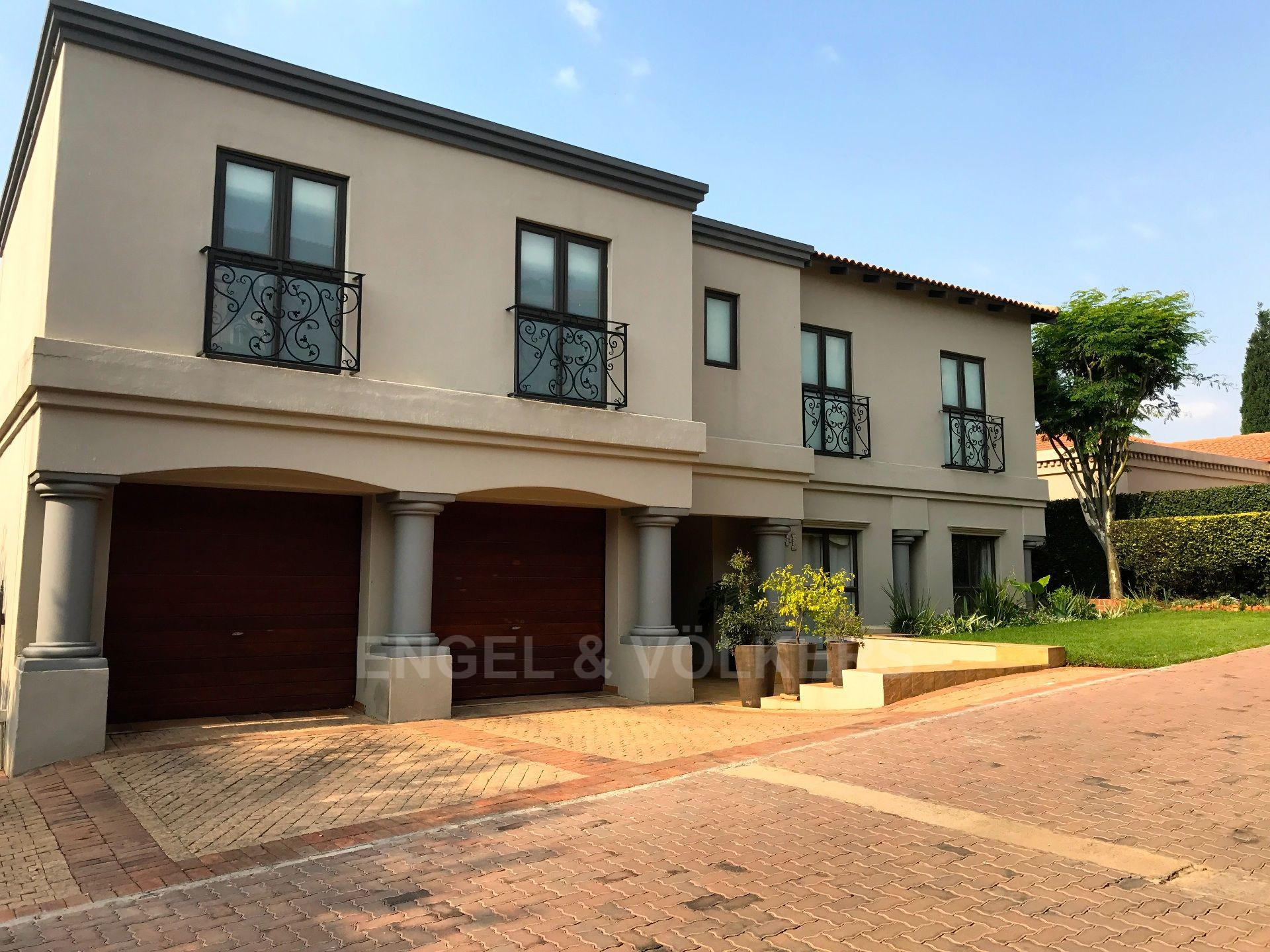 Property and Houses for sale in Waterkloof Ridge, House, 4 Bedrooms - ZAR 7,900,000