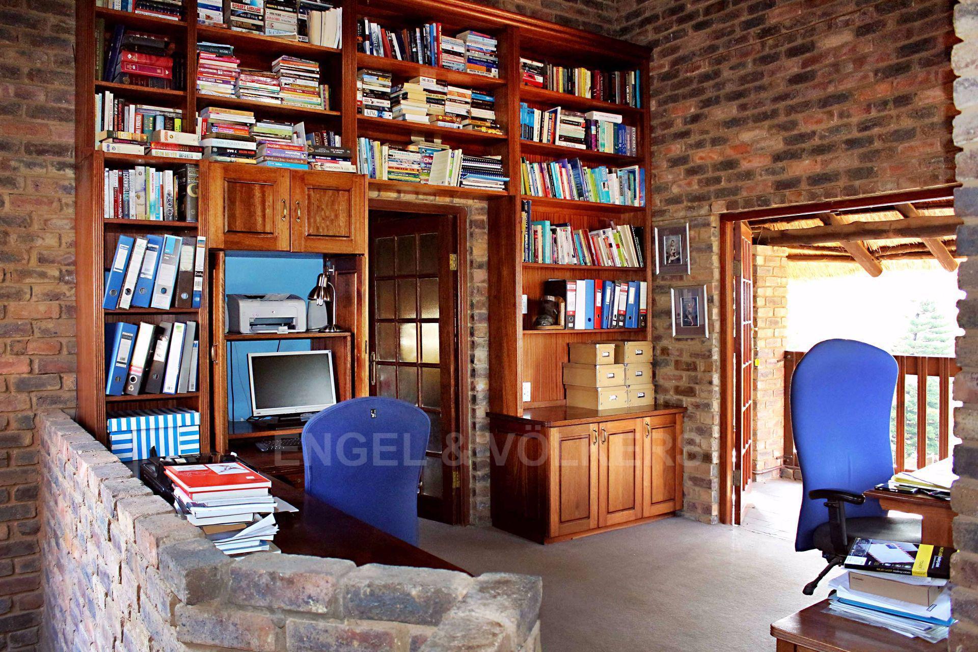 Erasmusrand property for sale. Ref No: 13484216. Picture no 31