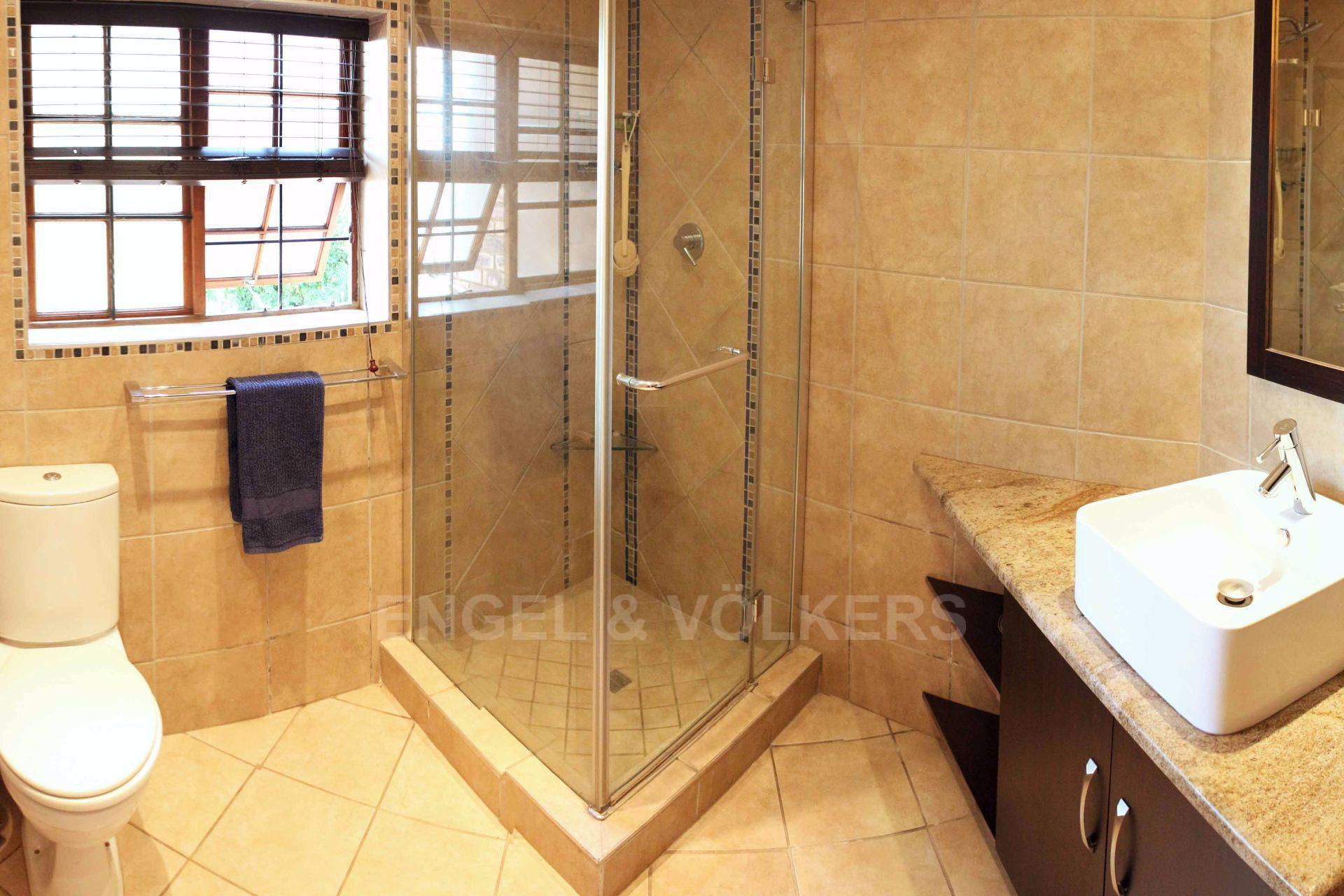 Erasmusrand property for sale. Ref No: 13484216. Picture no 30
