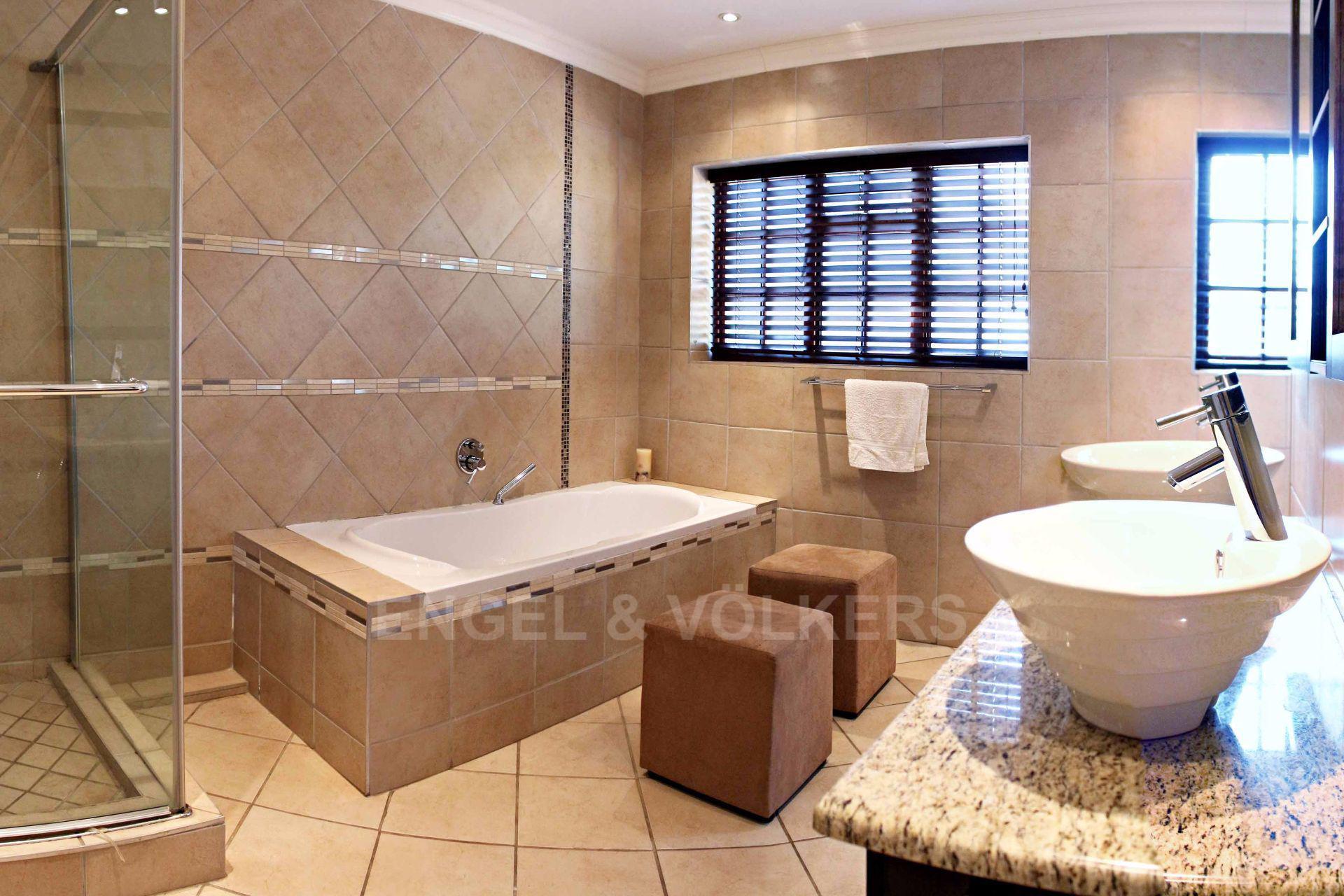 Erasmusrand property for sale. Ref No: 13484216. Picture no 27