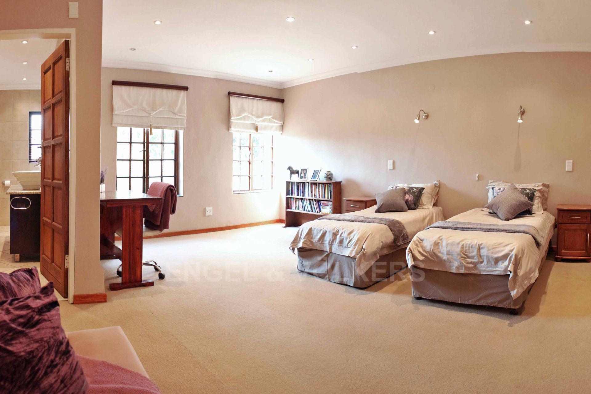 Erasmusrand property for sale. Ref No: 13484216. Picture no 25