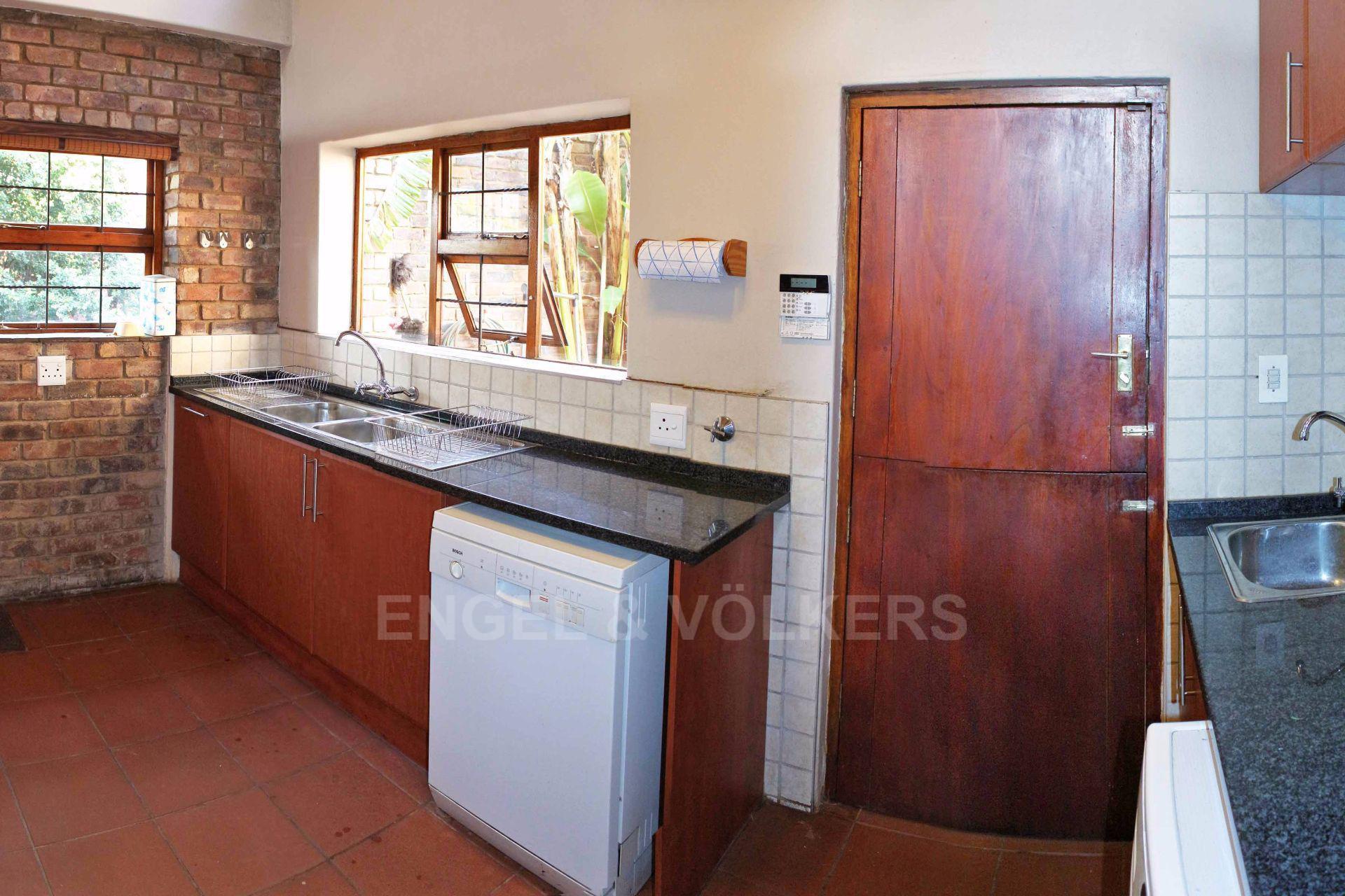 Erasmusrand property for sale. Ref No: 13484216. Picture no 16