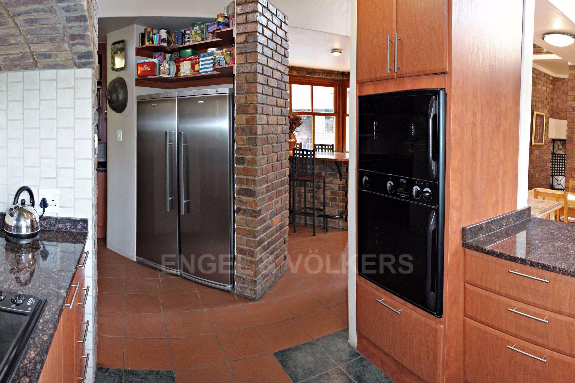 Erasmusrand property for sale. Ref No: 13484216. Picture no 15
