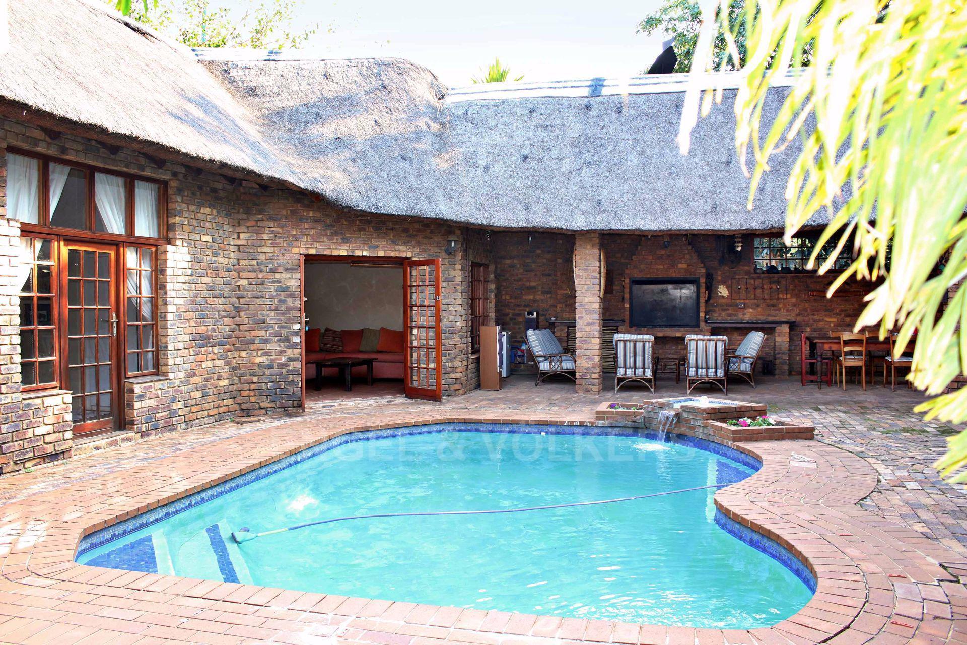 Erasmusrand property for sale. Ref No: 13484216. Picture no 6