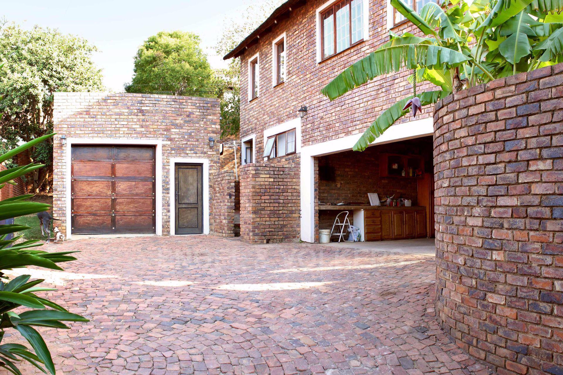 Erasmusrand property for sale. Ref No: 13484216. Picture no 4
