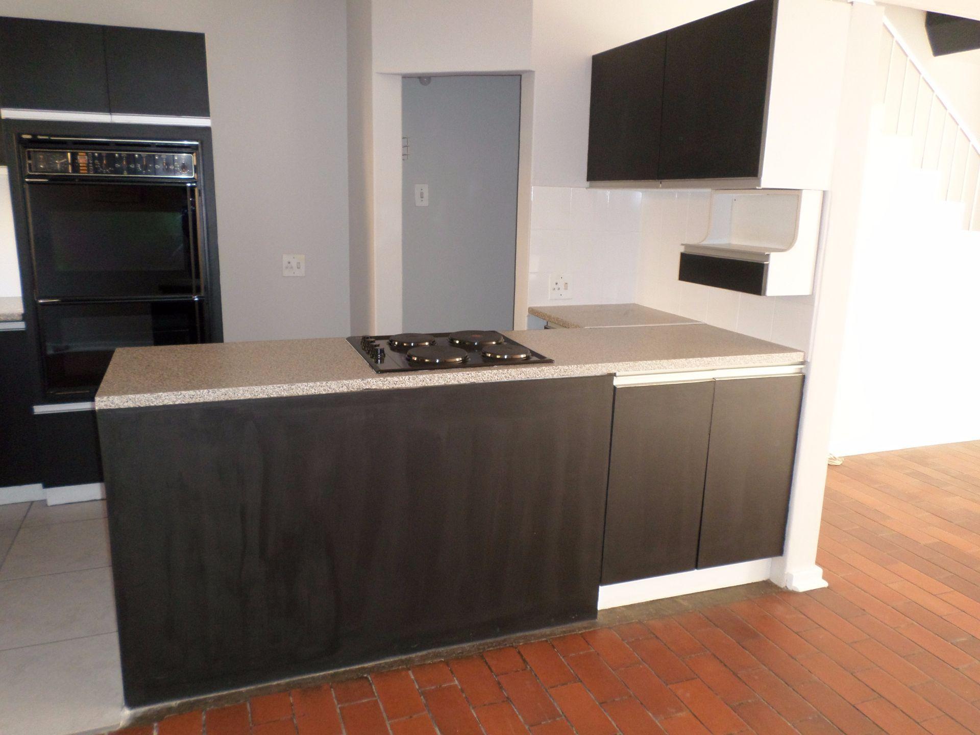 Hatfield property for sale. Ref No: 13488590. Picture no 3