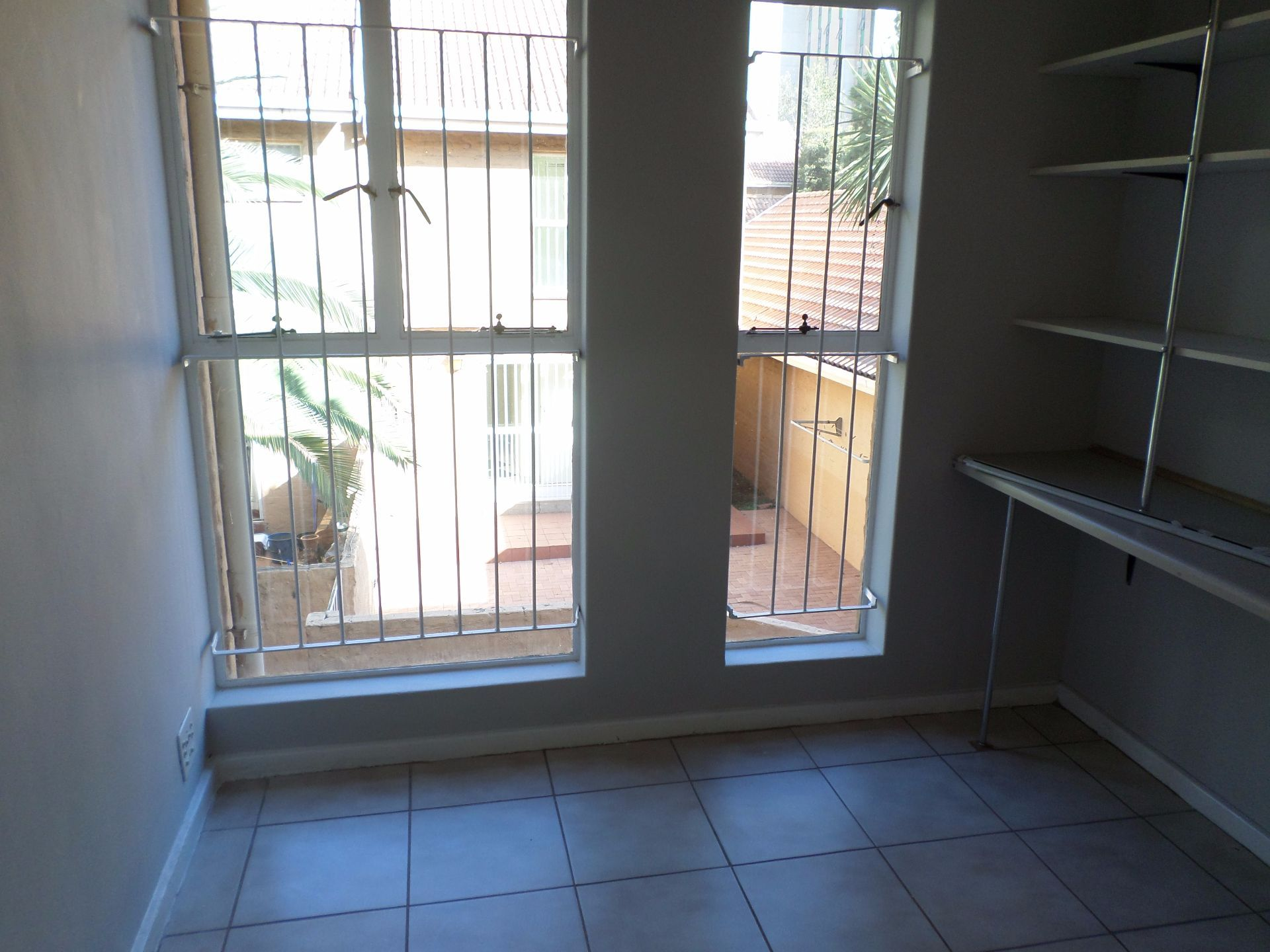 Hatfield property for sale. Ref No: 13488590. Picture no 8