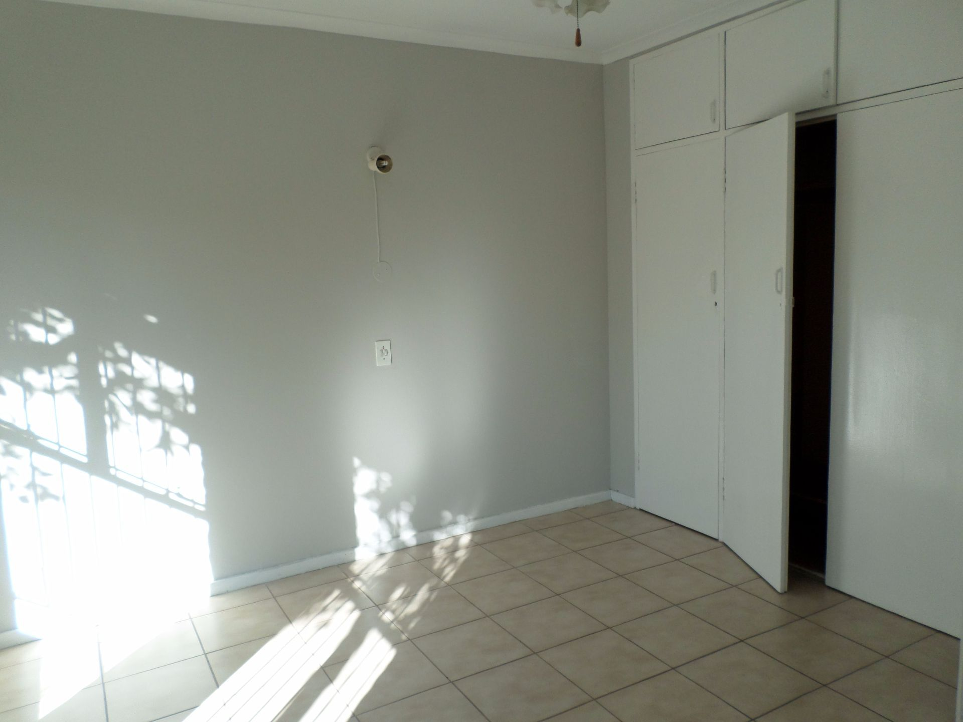 Hatfield property for sale. Ref No: 13488590. Picture no 9