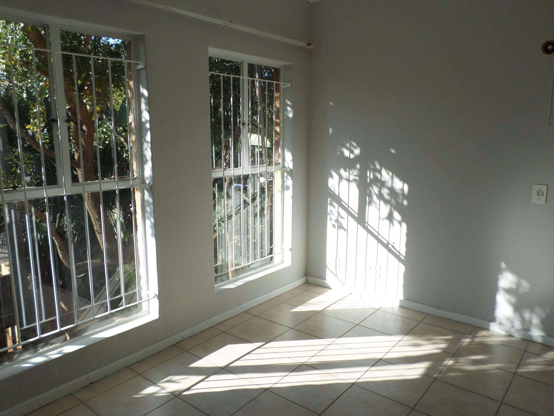 Hatfield property for sale. Ref No: 13488590. Picture no 12
