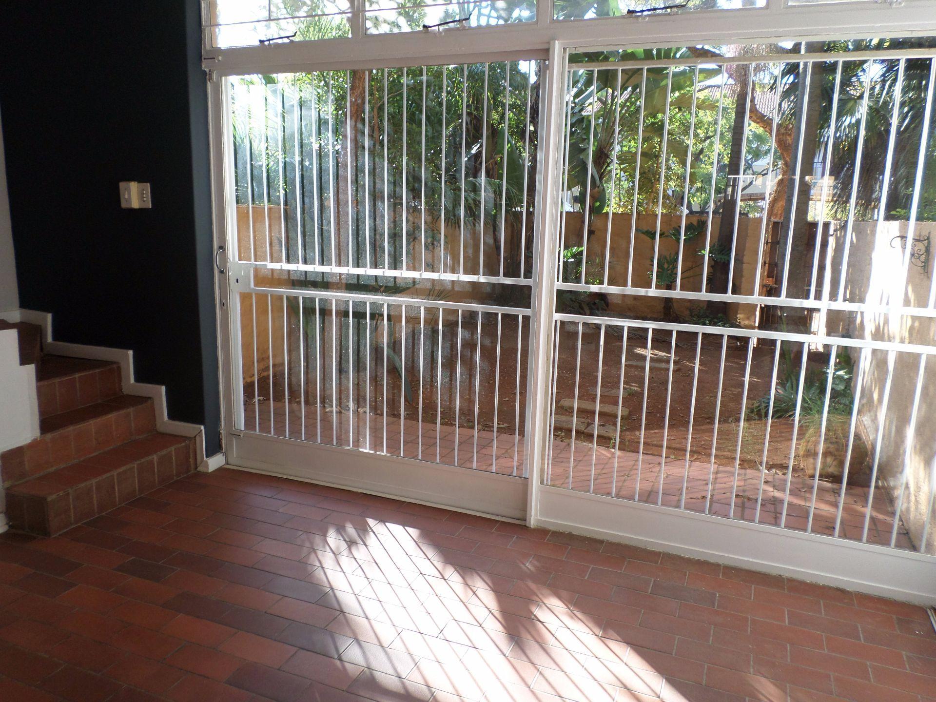 Hatfield property for sale. Ref No: 13488590. Picture no 5