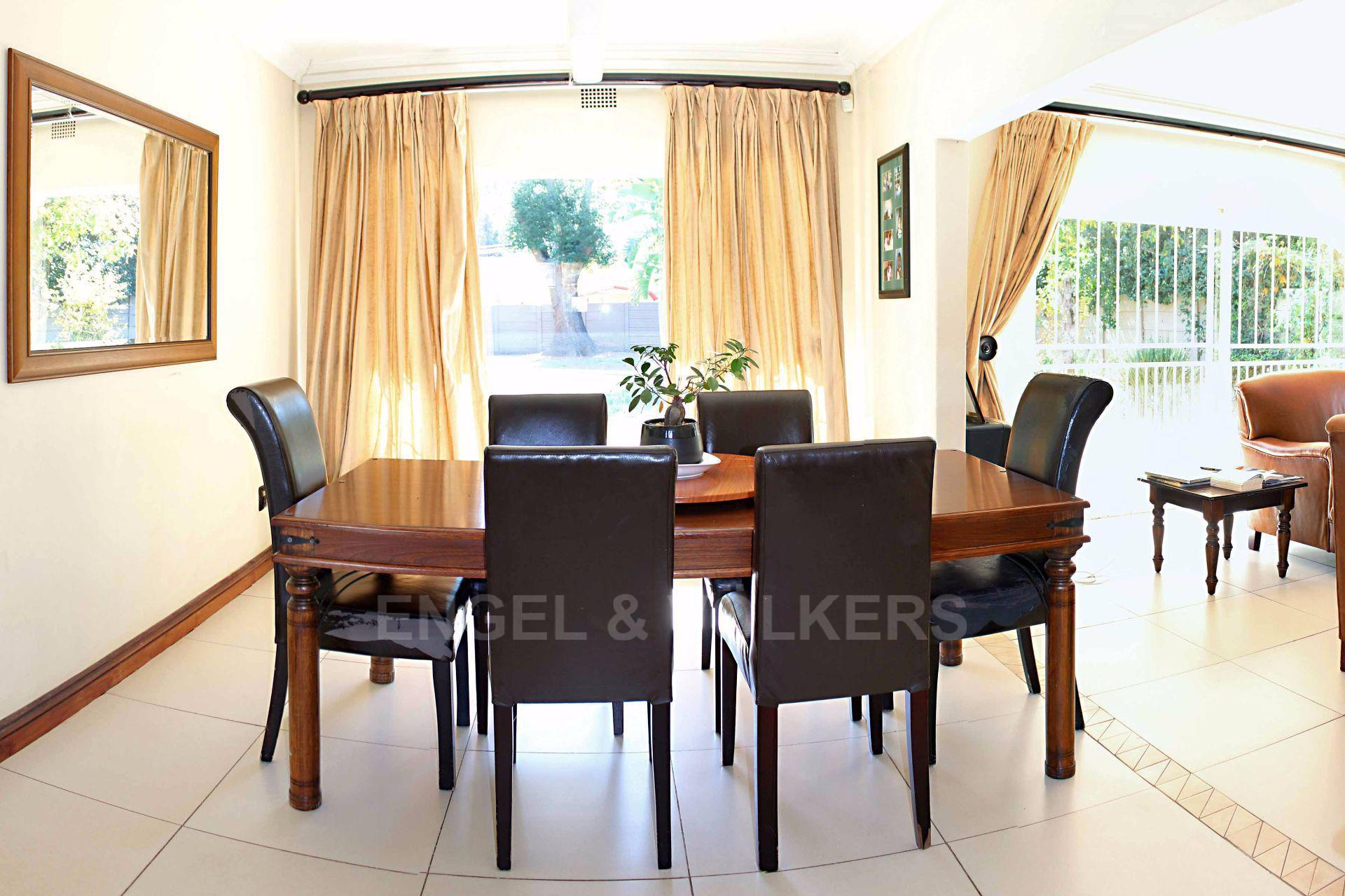 Waterkloof Ridge Ext 1 property for sale. Ref No: 13488804. Picture no 7