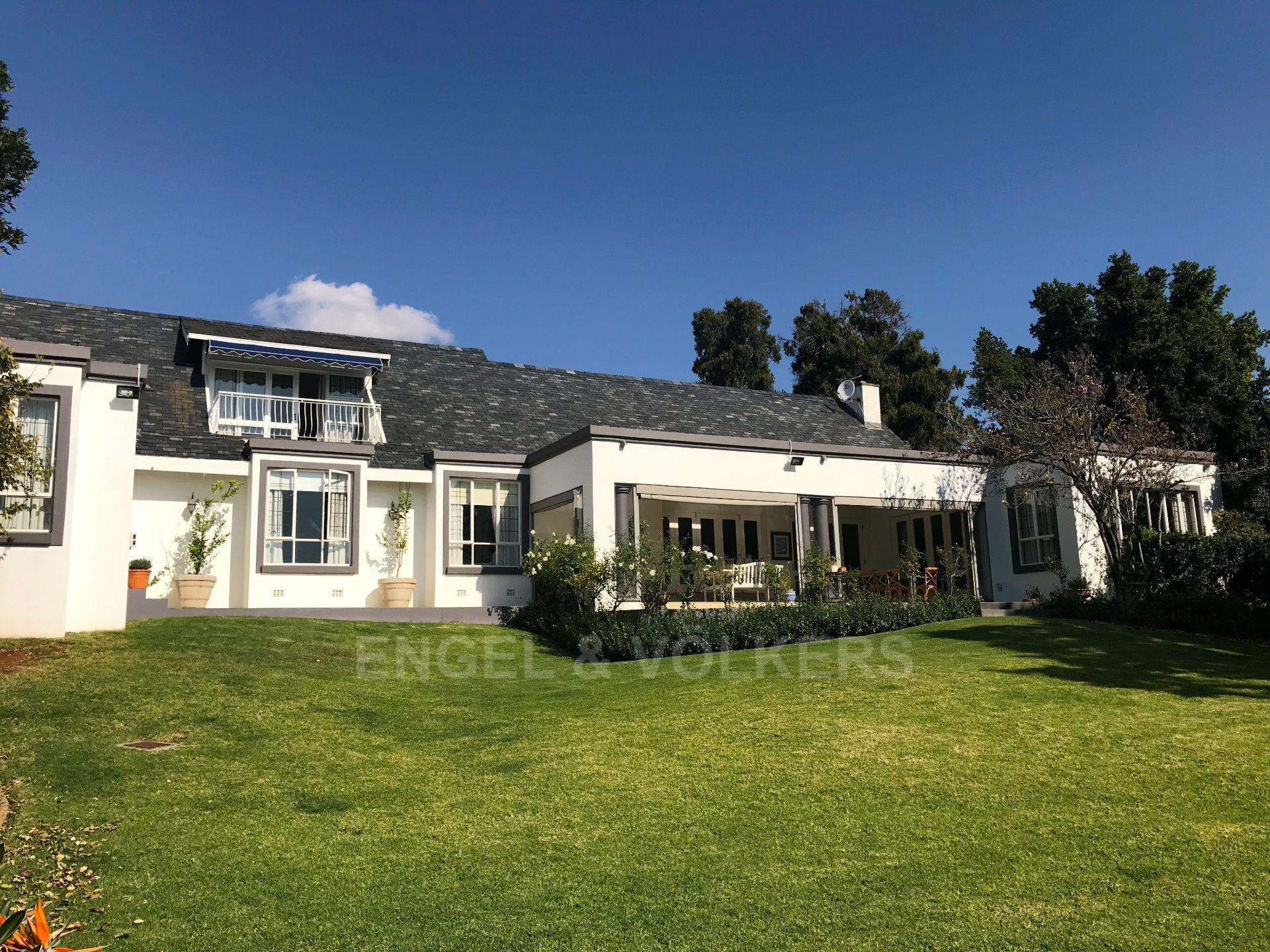 Waterkloof Ridge property for sale. Ref No: 13492696. Picture no 3