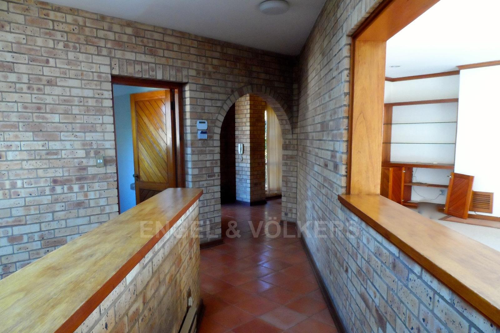 Waterkloof Ridge property for sale. Ref No: 13347652. Picture no 20