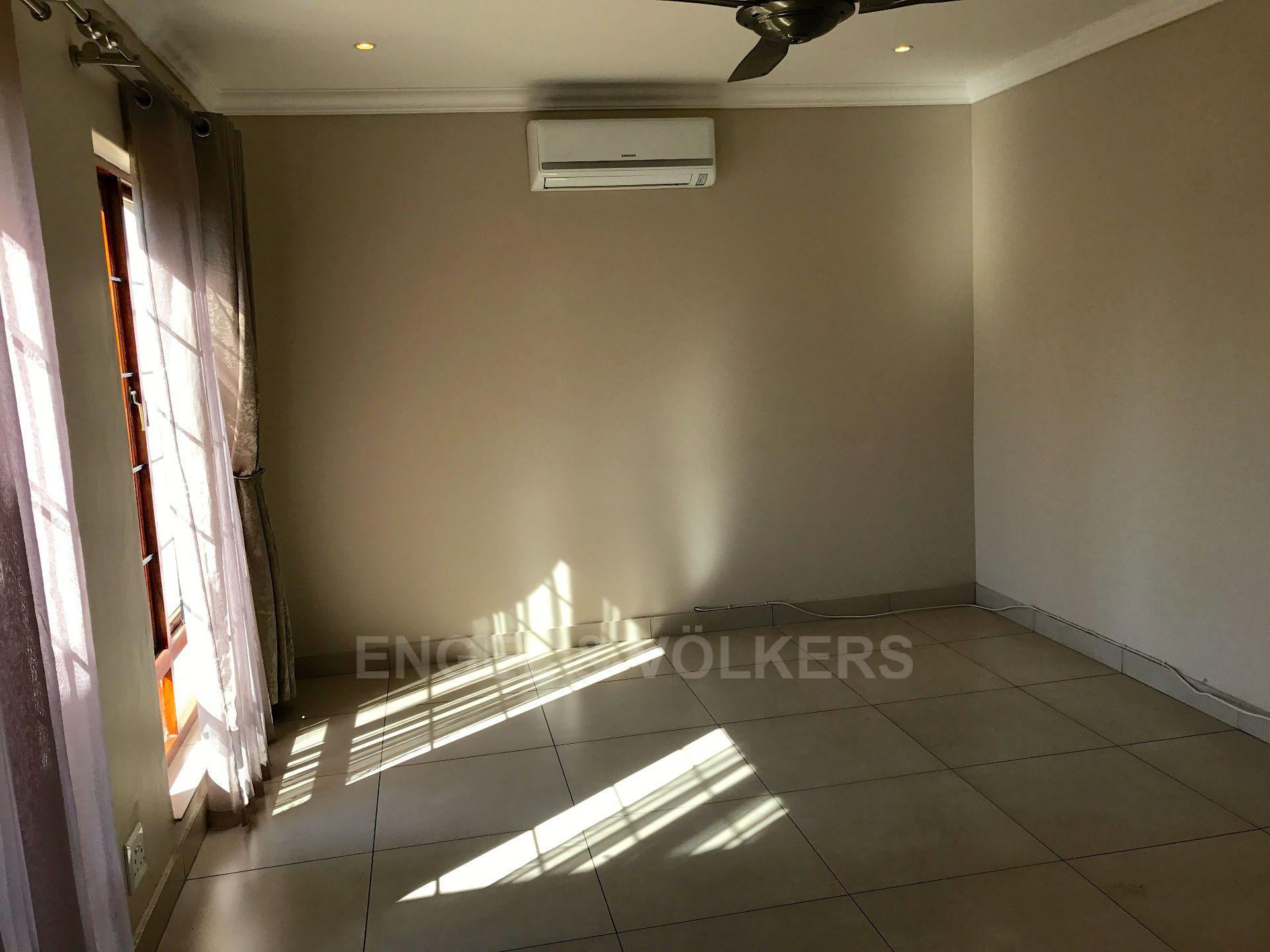 Waterkloof property for sale. Ref No: 13500498. Picture no 12
