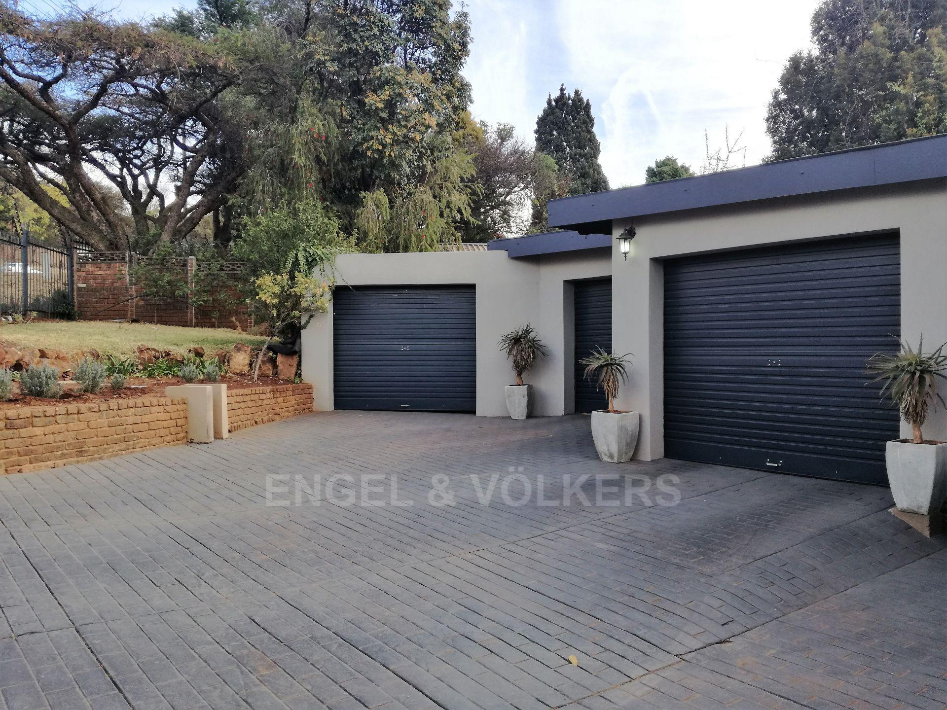 Property and Houses for sale in Constantia Park, House, 4 Bedrooms - ZAR 2,750,000