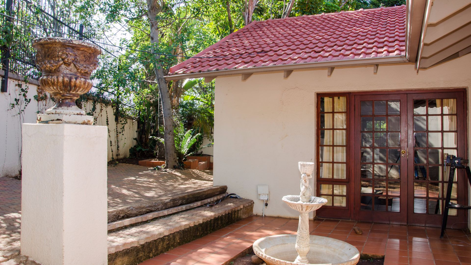 Groenkloof property for sale. Ref No: 13547931. Picture no 16