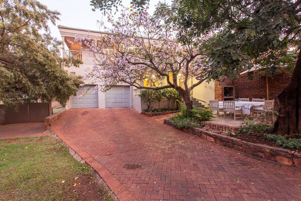 Waterkloof Glen property for sale. Ref No: 13540744. Picture no 1