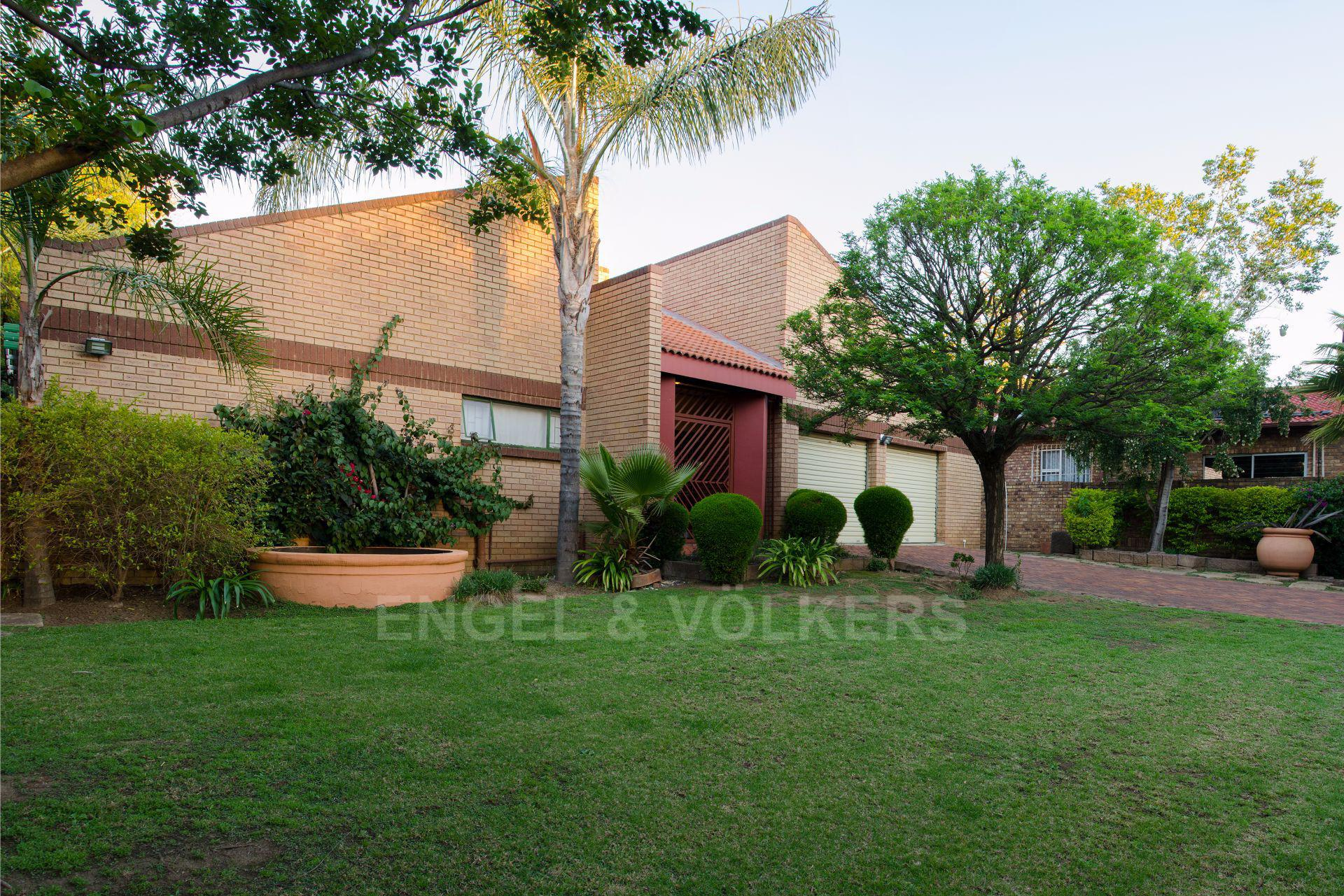 Pretoria, Erasmuskloof Property  | Houses For Sale Erasmuskloof, ERASMUSKLOOF, House 4 bedrooms property for sale Price:2,050,000