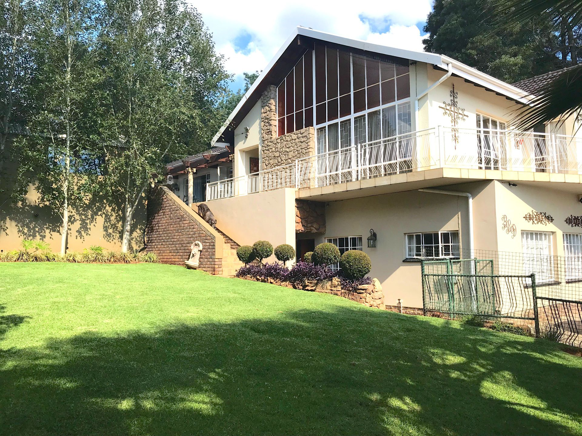 Waterkloof Ridge property for sale. Ref No: 13565220. Picture no 1