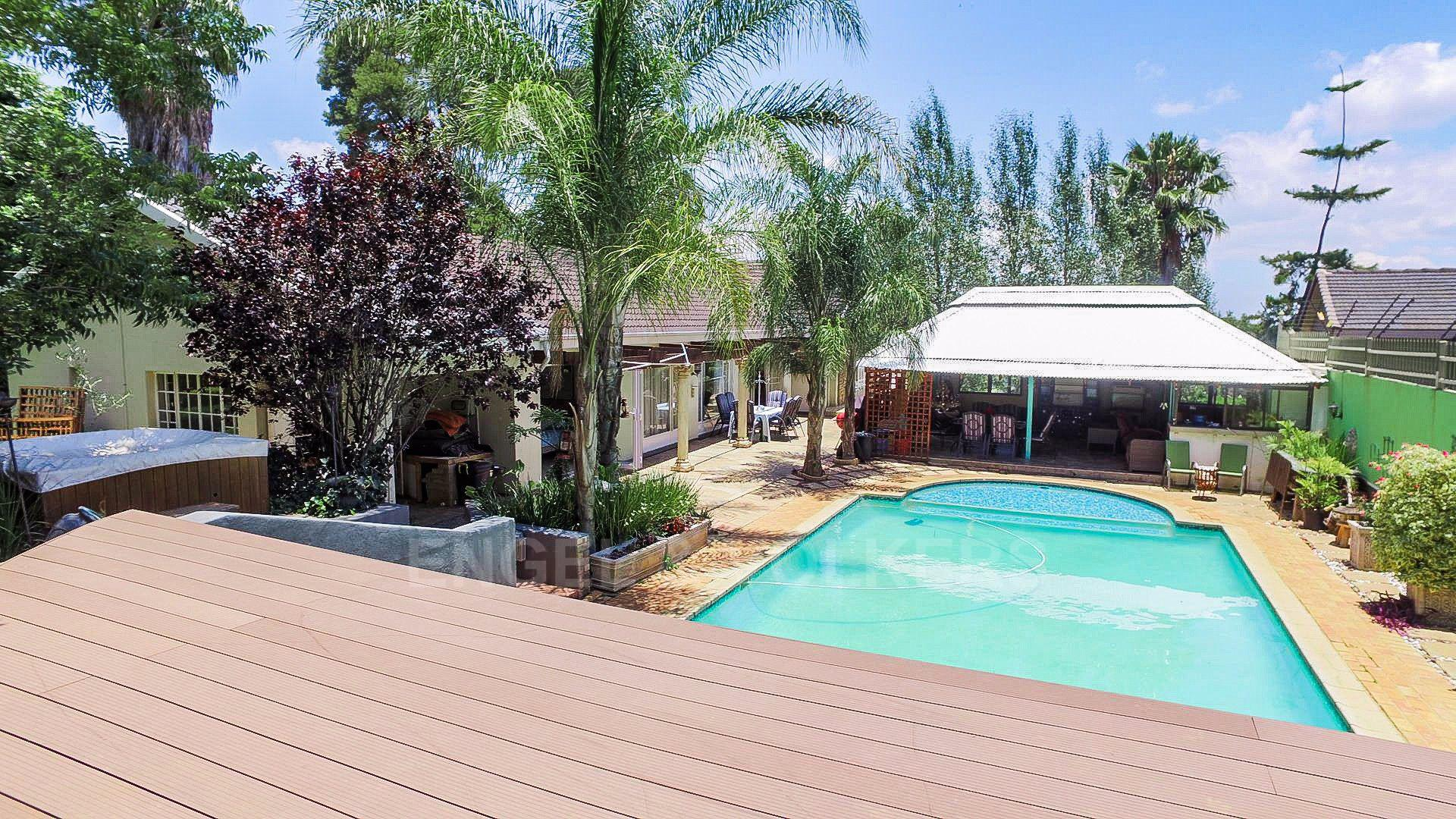 Waterkloof Ridge property for sale. Ref No: 13565220. Picture no 23