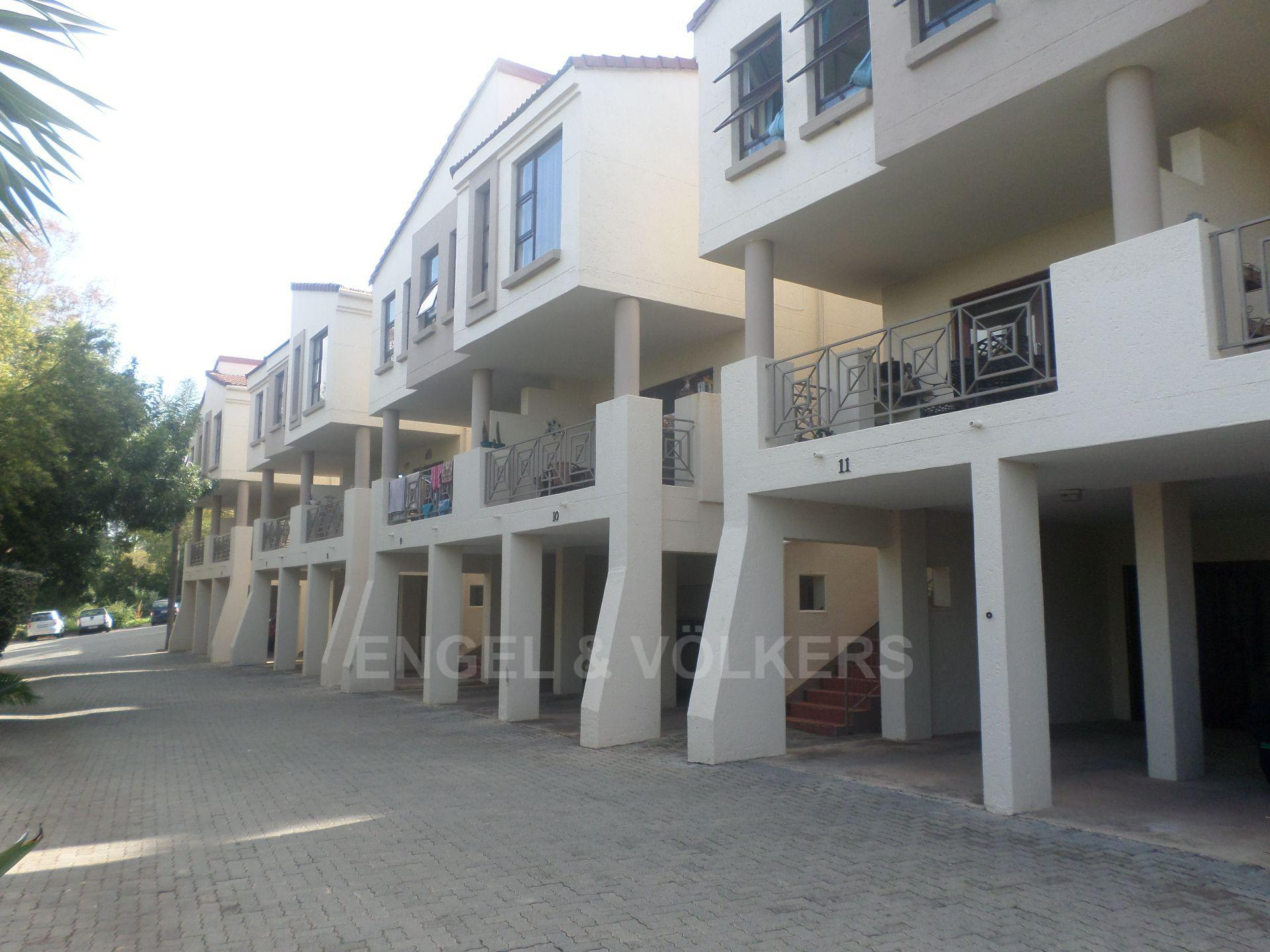 Property and Houses for sale in Eastwood, Townhouse, 3 Bedrooms - ZAR 1,795,000