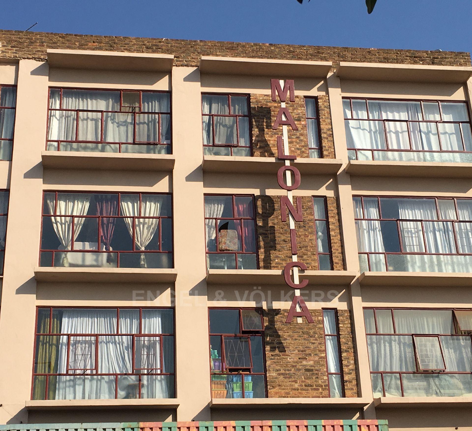 , Apartment, 1 Bedrooms - ZAR 400,000