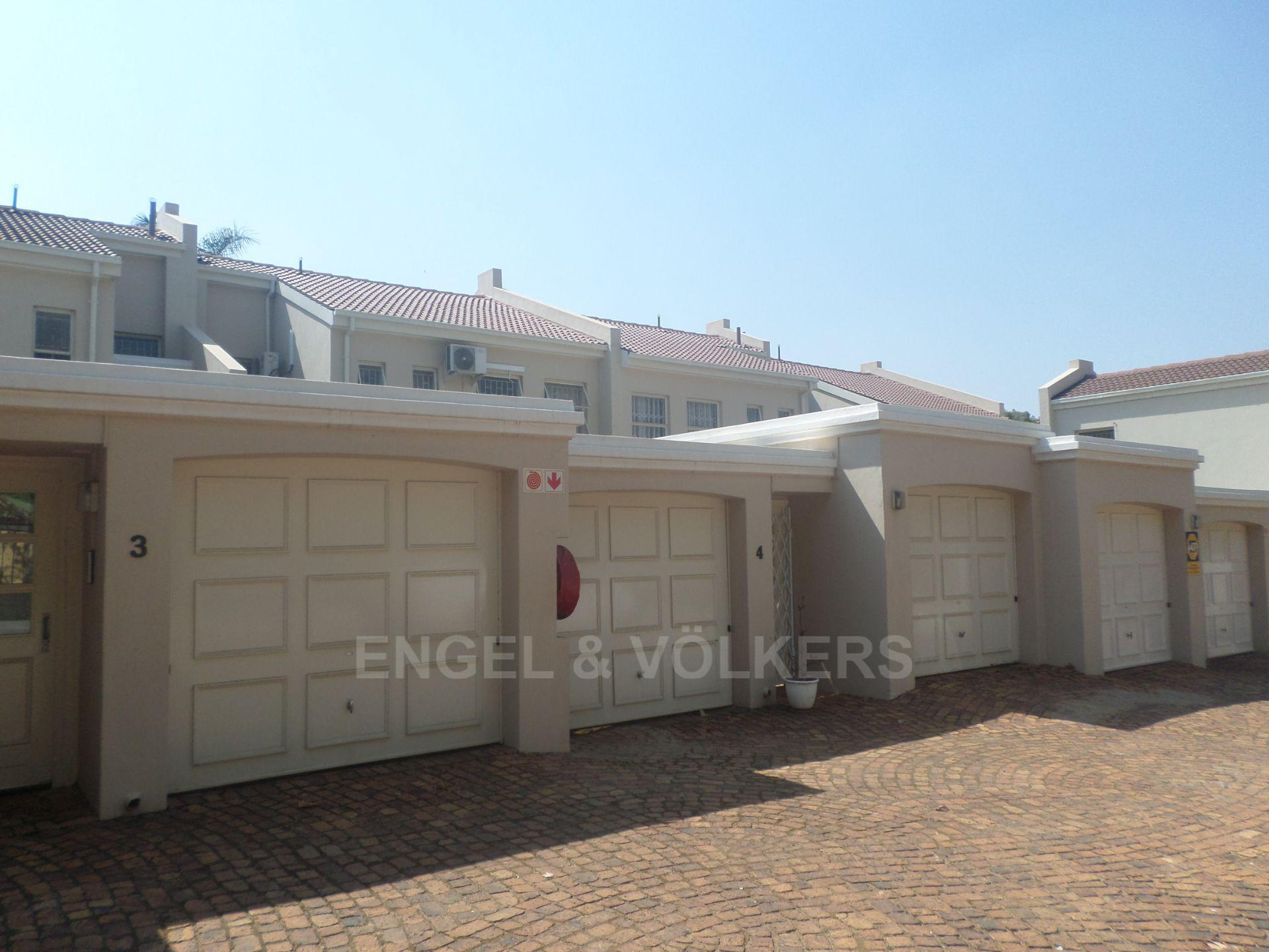 Property and Houses for sale in Hatfield, Duplex, 3 Bedrooms - ZAR 1,995,000