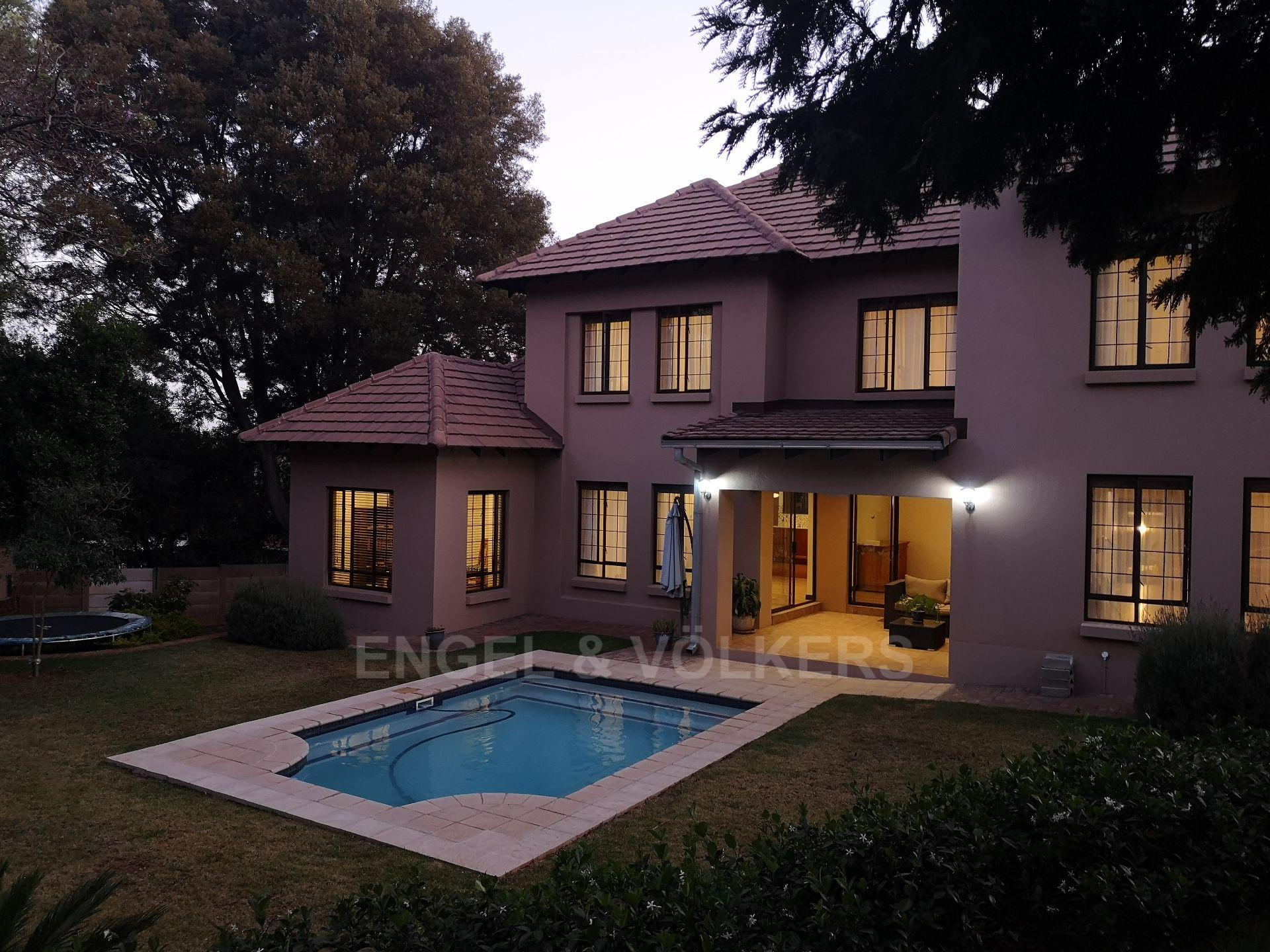 Property and Houses for sale in Constantia Park, House, 4 Bedrooms - ZAR 3,200,000