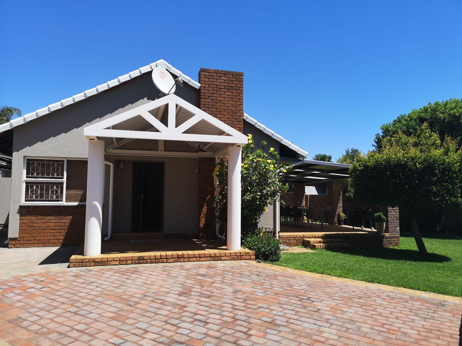 Property and Houses for sale in Constantia Park, House, 3 Bedrooms - ZAR 2,480,000