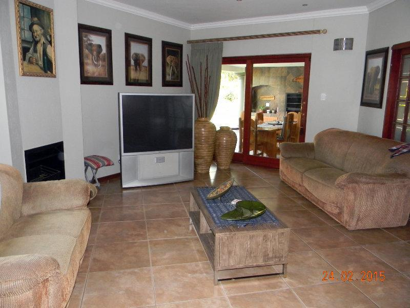 Phalaborwa property for sale. Ref No: 12791084. Picture no 9