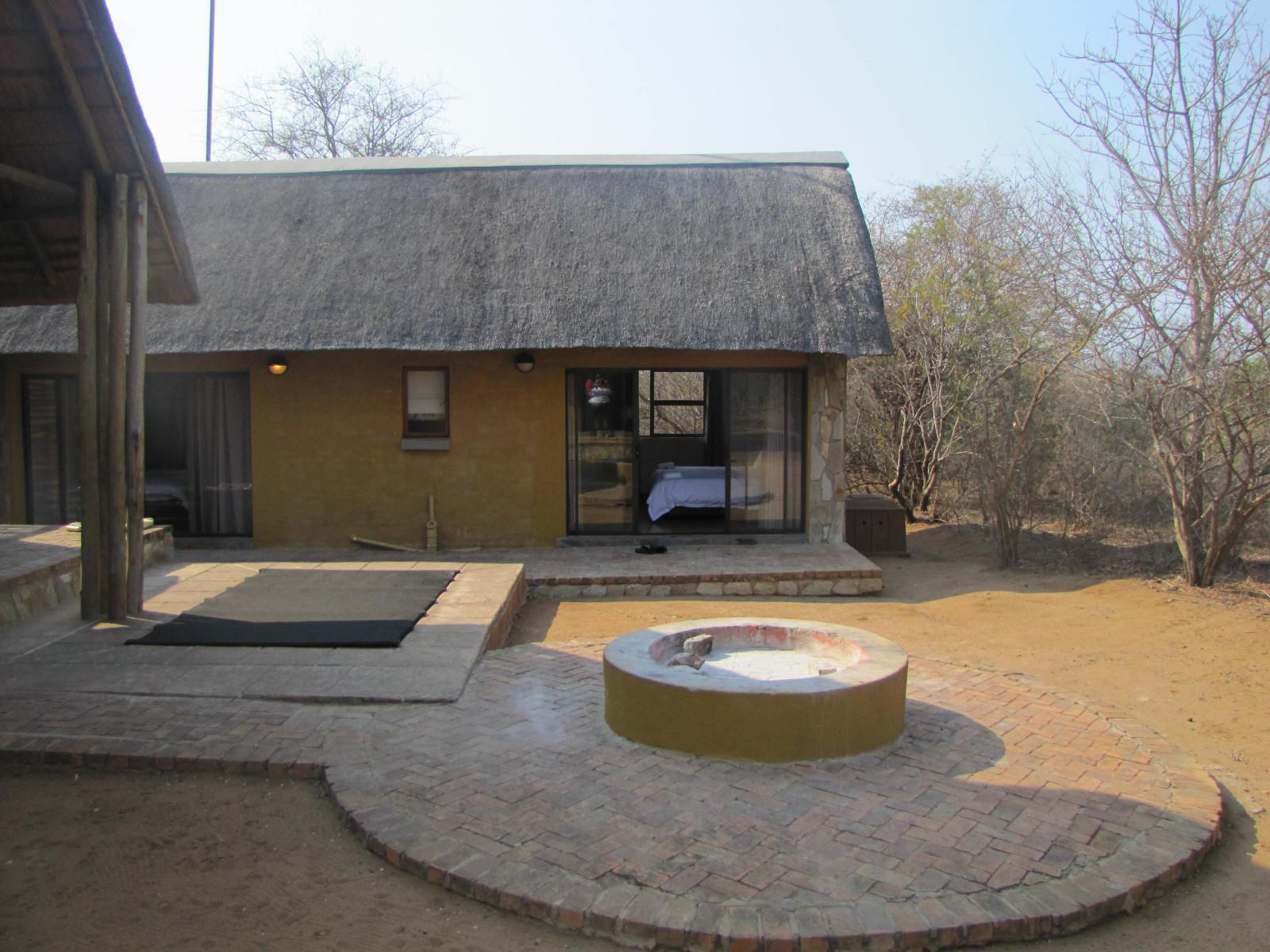 Hoedspruit Wildlife Estate property for sale. Ref No: 13302469. Picture no 13