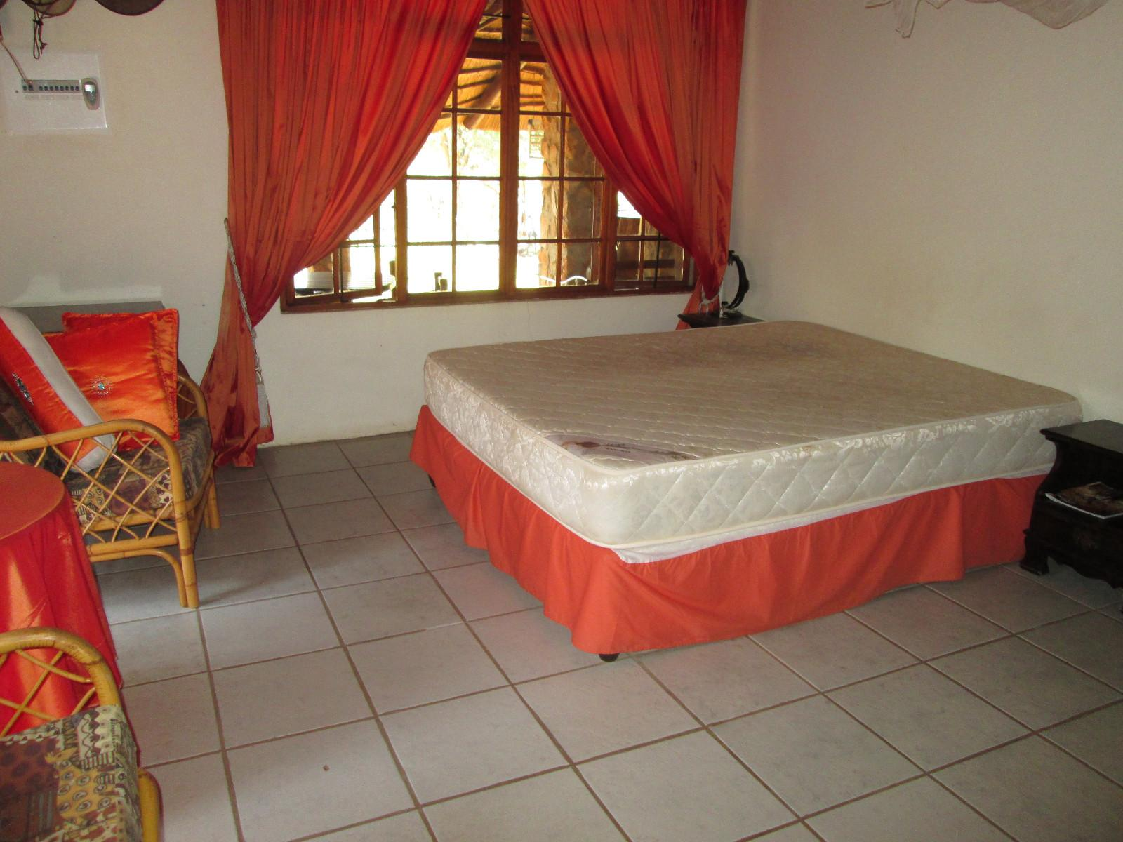 Hoedspruit property for sale. Ref No: 13242593. Picture no 11