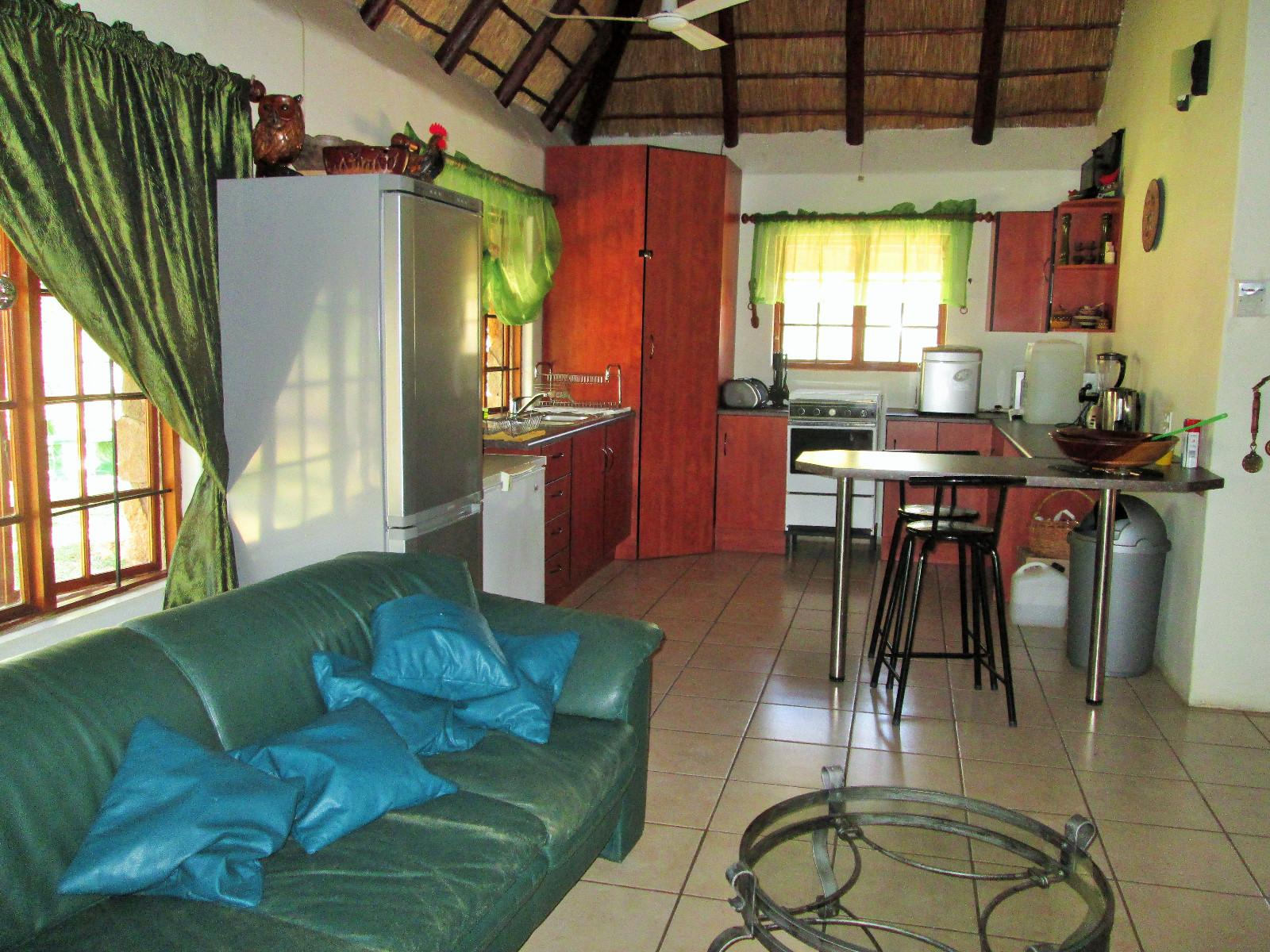 Hoedspruit property for sale. Ref No: 13242593. Picture no 13