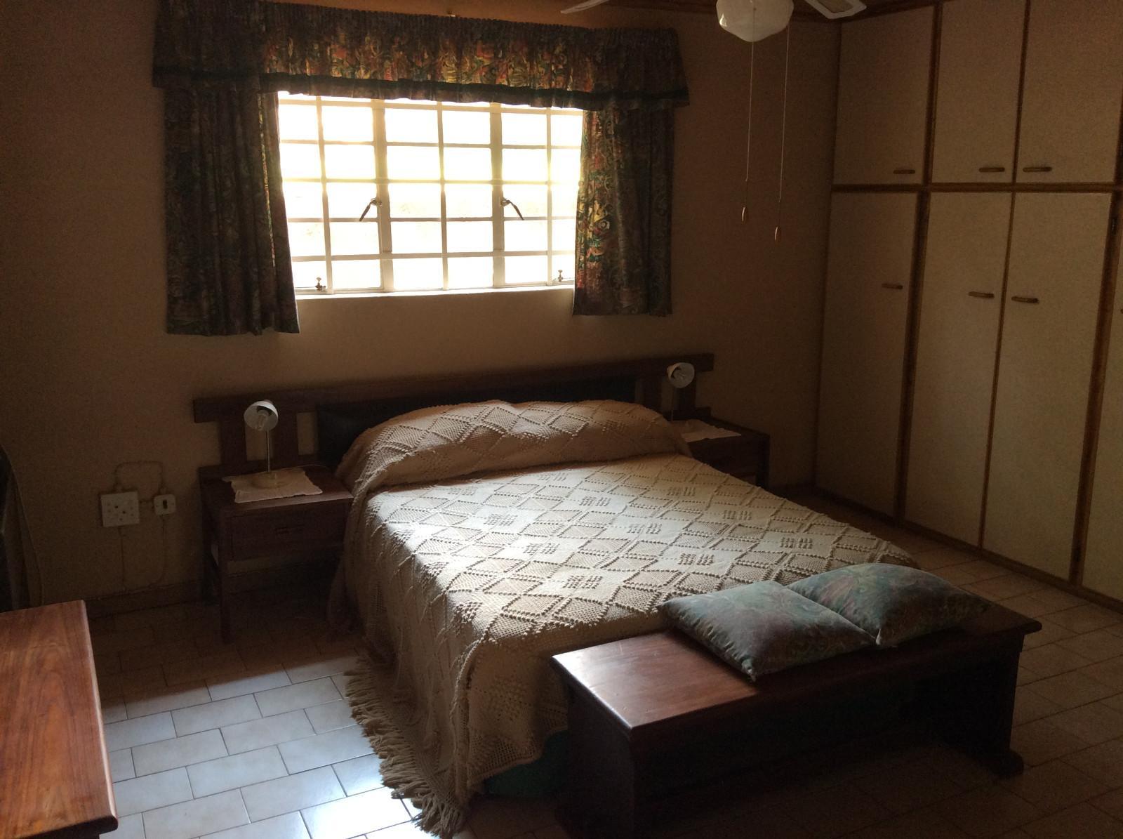 Hoedspruit property for sale. Ref No: 13294782. Picture no 16