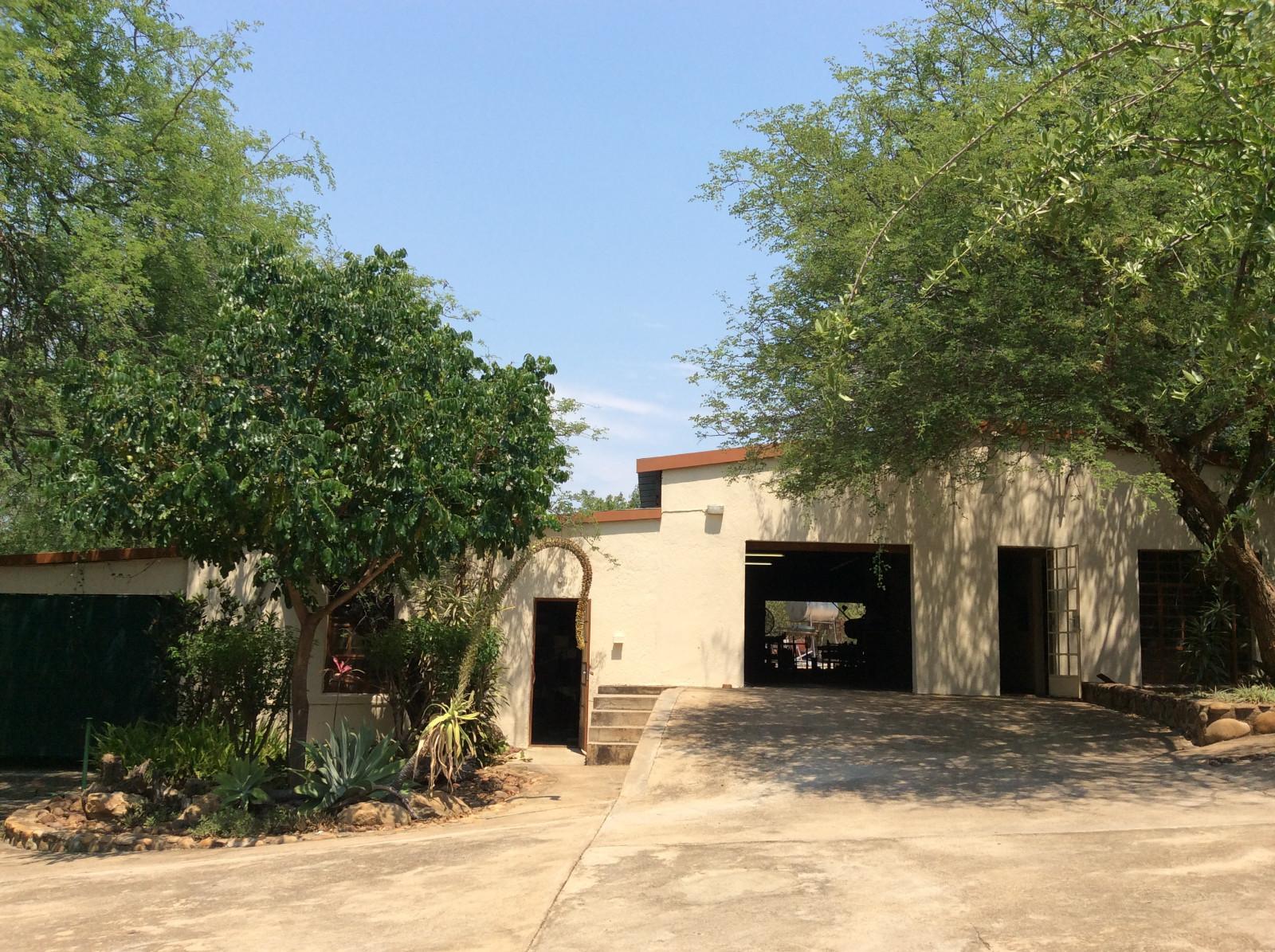 Hoedspruit property for sale. Ref No: 13294782. Picture no 20