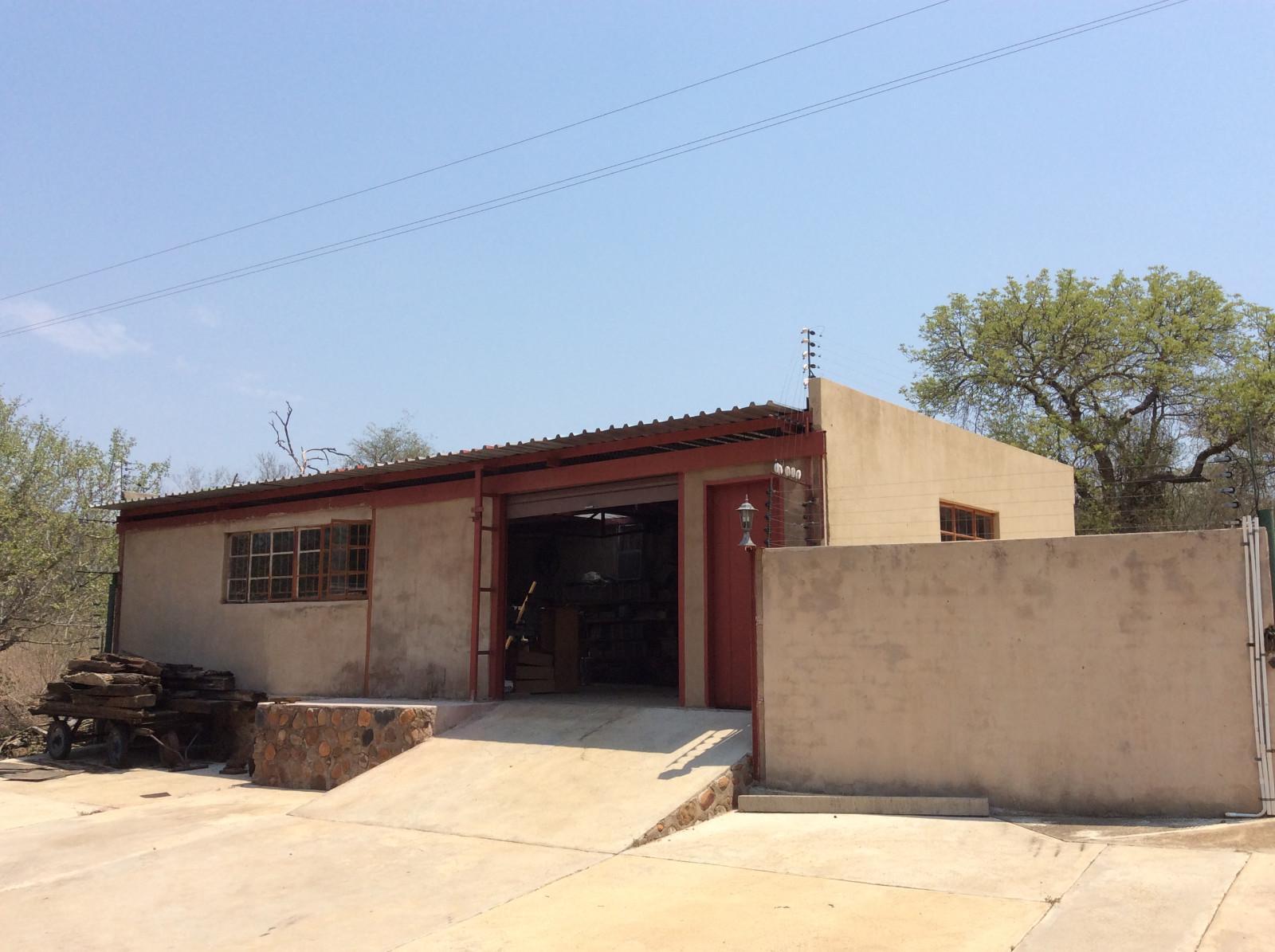 Hoedspruit property for sale. Ref No: 13294782. Picture no 29