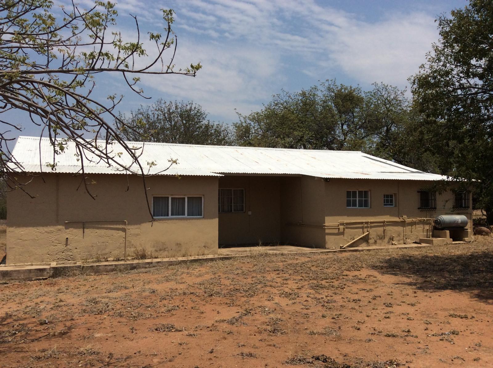 Hoedspruit property for sale. Ref No: 13294782. Picture no 32