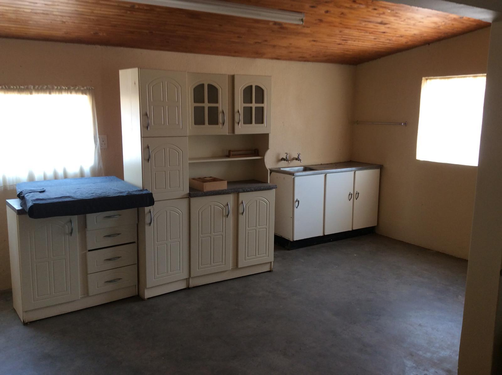 Hoedspruit property for sale. Ref No: 13294782. Picture no 27