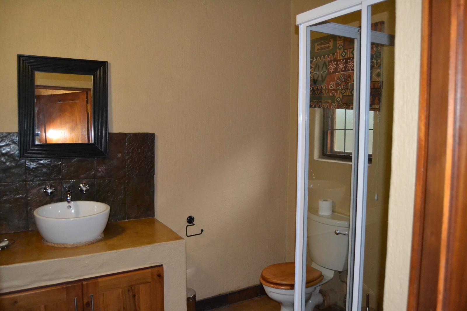Hoedspruit Wildlife Estate property for sale. Ref No: 13320264. Picture no 9