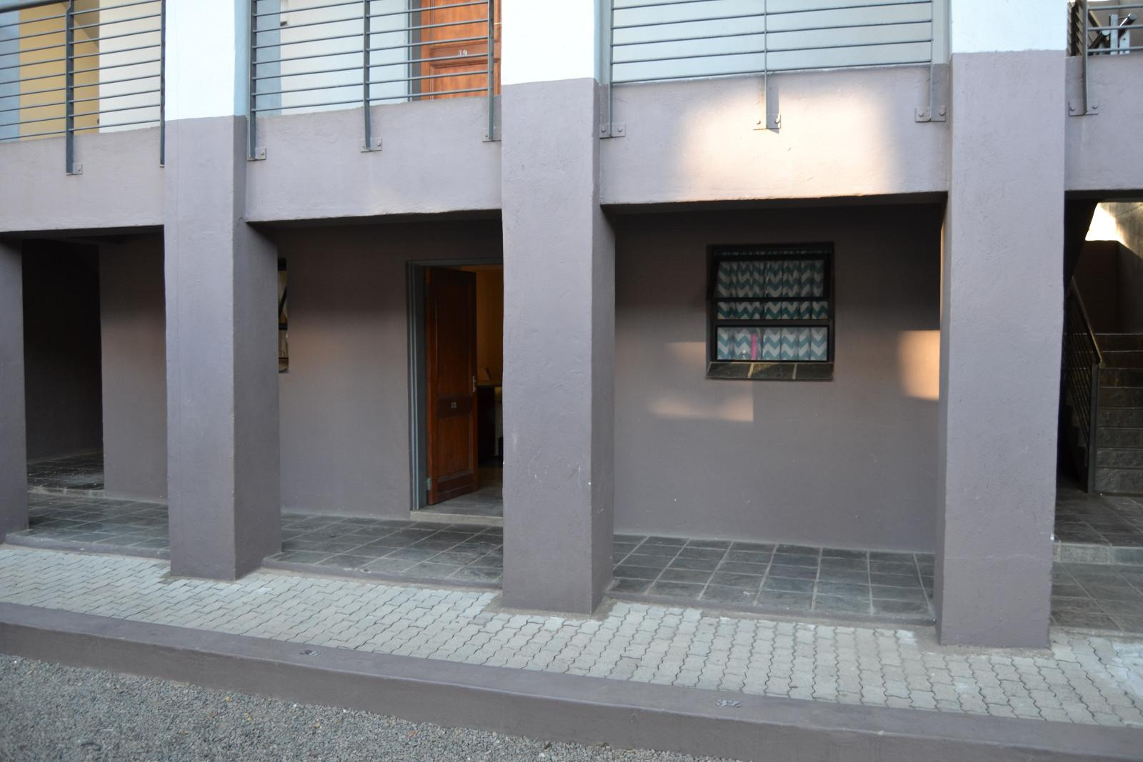 Hoedspruit Central property for sale. Ref No: 13339087. Picture no 1