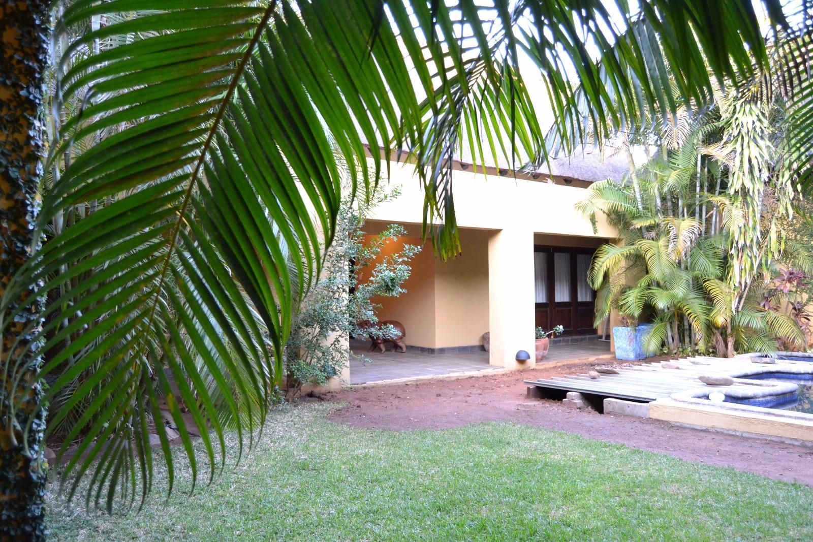 Raptors View Wildlife Estate property for sale. Ref No: 13444340. Picture no 3
