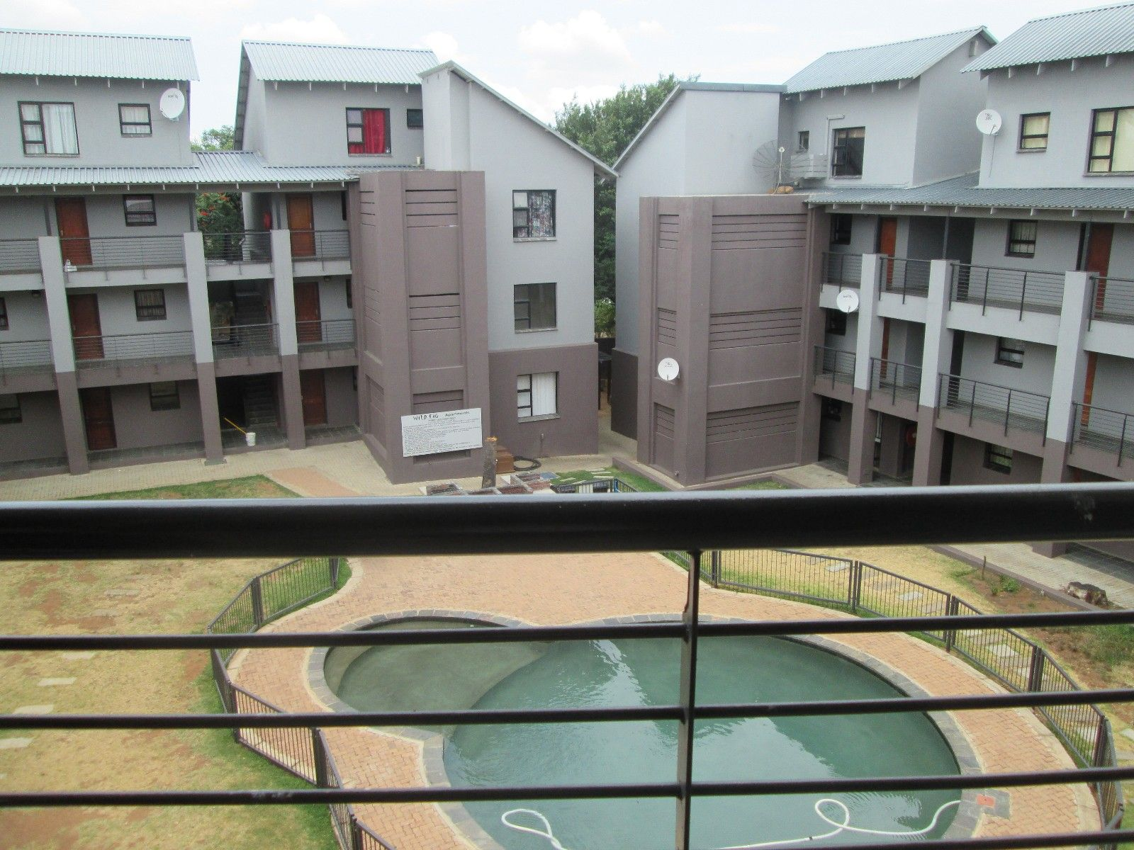 Hoedspruit Central property for sale. Ref No: 13375878. Picture no 1