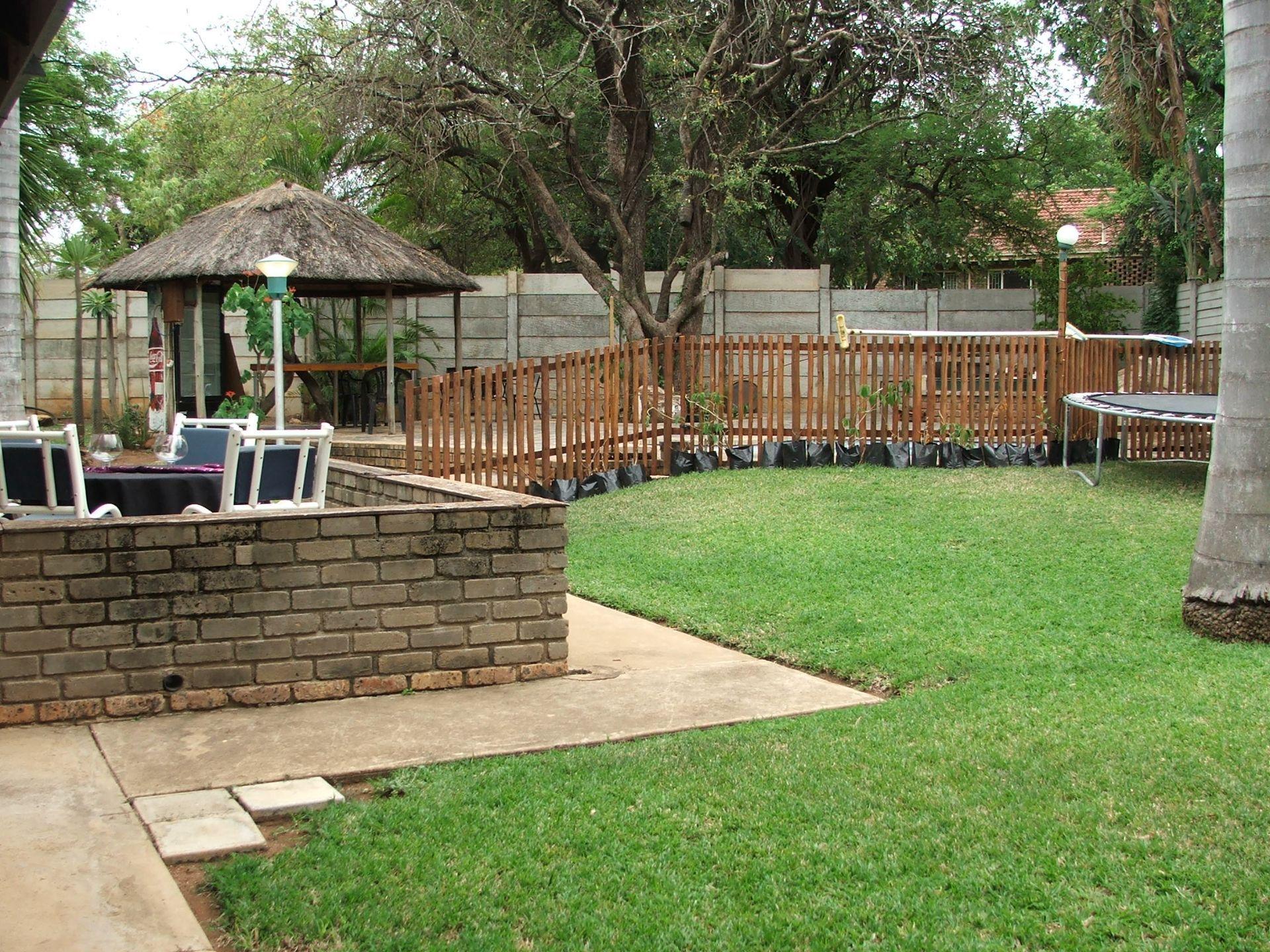 Hoedspruit property for sale. Ref No: 13576108. Picture no 16