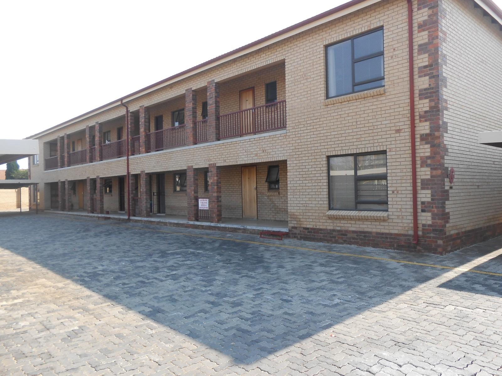 Dassie Rand property for sale. Ref No: 13323154. Picture no 1
