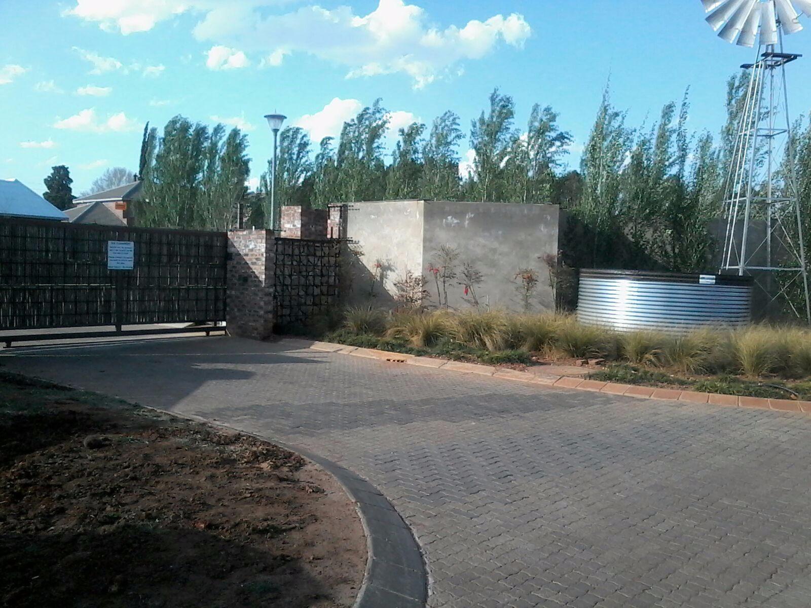 Van Der Hoff Park property for sale. Ref No: 13245467. Picture no 2
