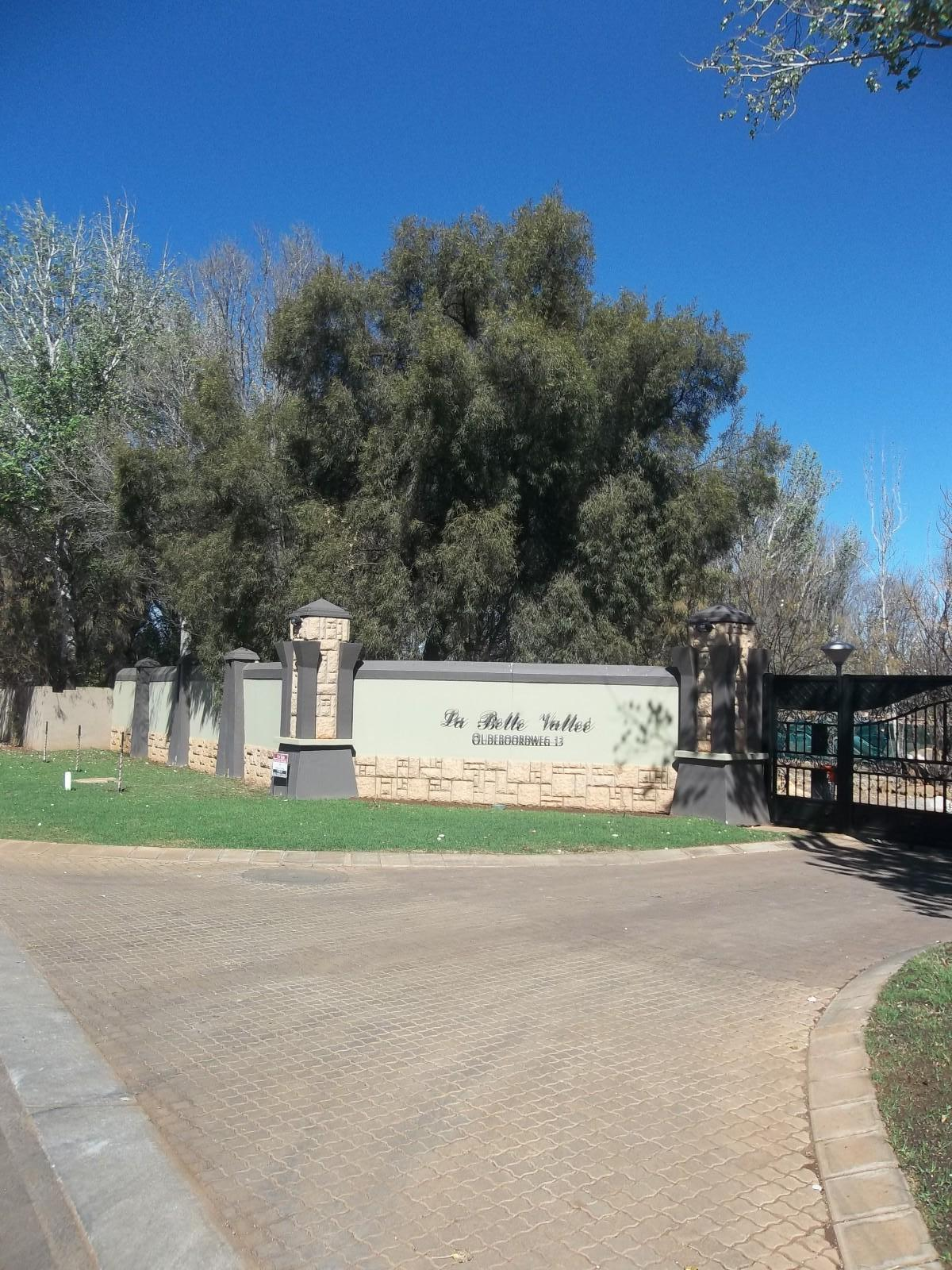 Van Der Hoff Park for sale property. Ref No: 12781468. Picture no 13