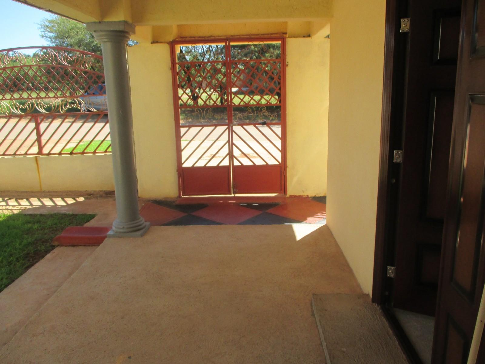 Promosa property for sale. Ref No: 12785439. Picture no 12