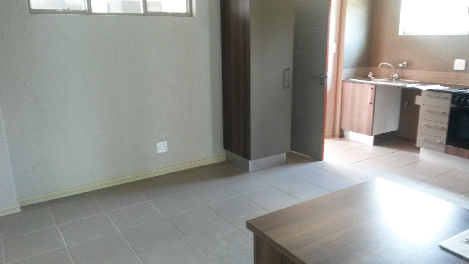Property and Houses to rent in Van Der Hoff Park, Apartment, 2 Bedrooms - ZAR ,  7,20*,M