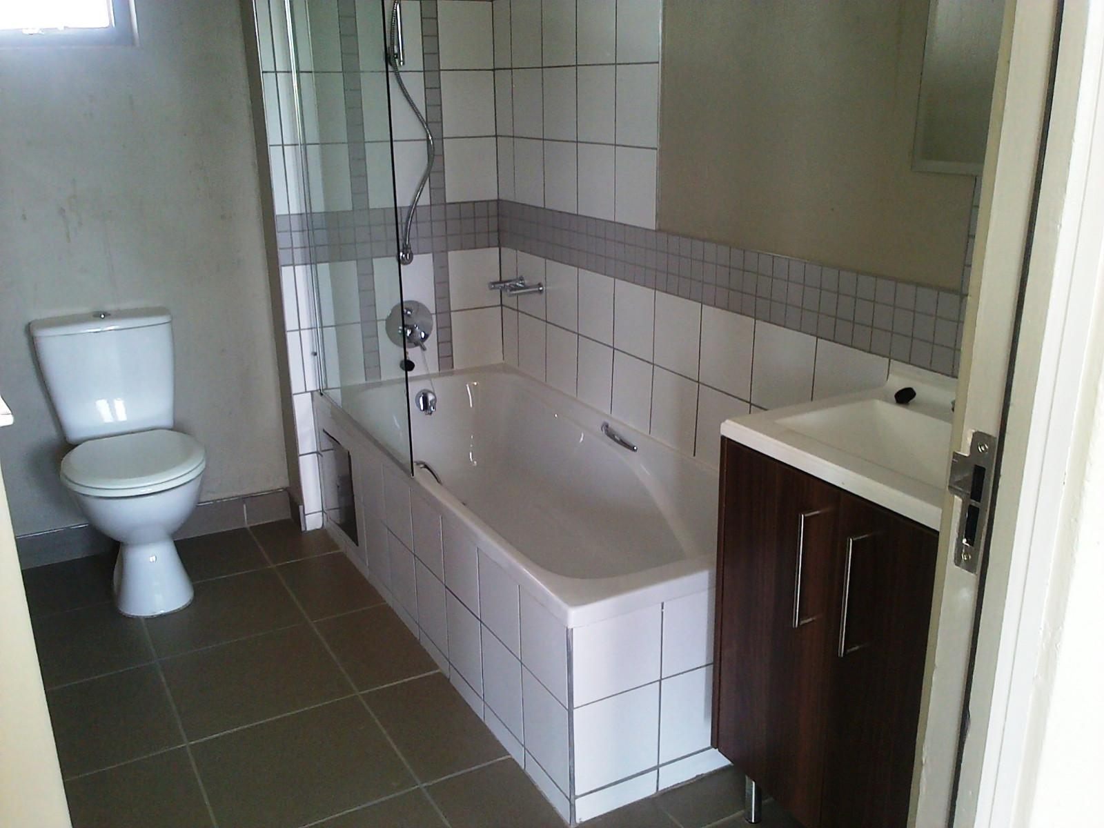Van Der Hoff Park property for sale. Ref No: 12798308. Picture no 11
