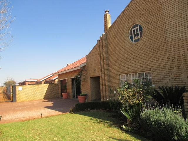 Potchefstroom, Mohadin Property  | Houses For Sale Mohadin, MOHADIN, House 7 bedrooms property for sale Price:3,500,000